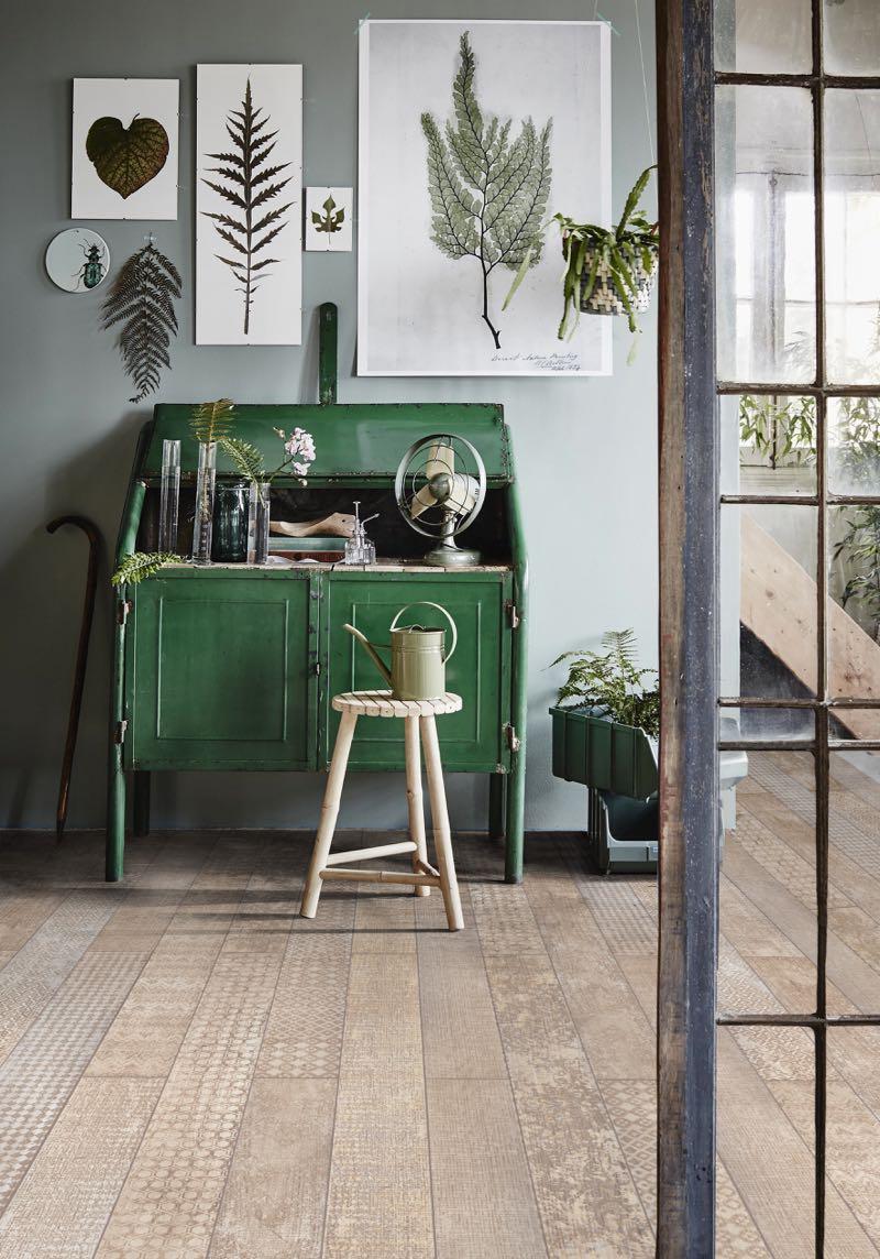 Lisotne Giordano patterned timber floor.