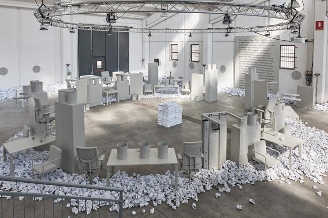 Lensvelt exhibited their office collection in one monotonous shade of grey - plastic, metal, fabric - the works.