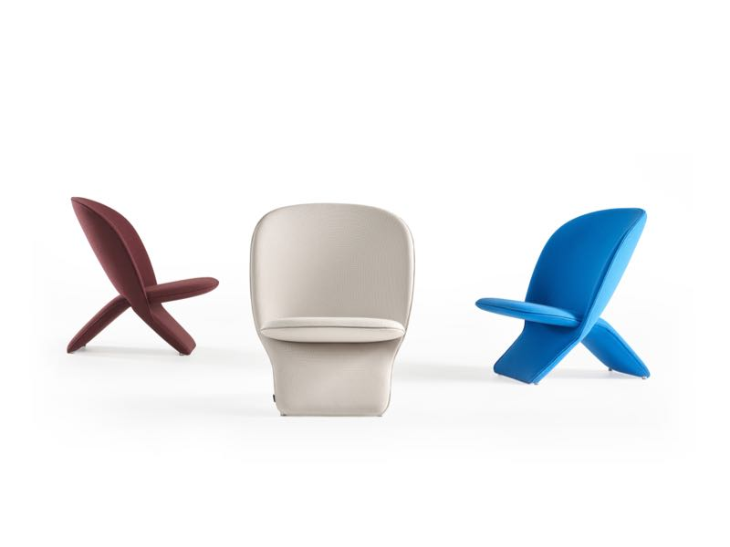 I'm still not sure whether I like Khodi Feiz' 'Niloo' chair or not but it has many of the qualities of Pierre Paulin's work for Artifort.