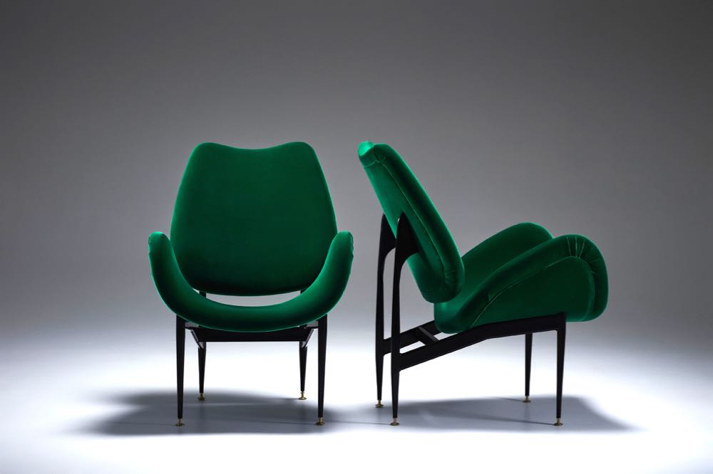 The 'Scape' armchair from 1960 shown in green velvet.
