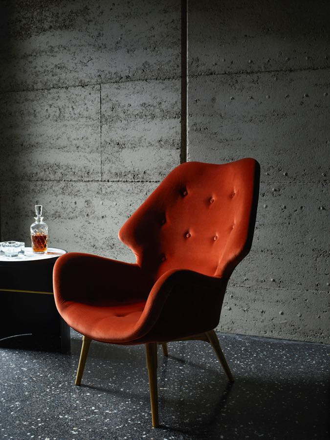 The Featherston designed 'B230 Contour' armchair, 1953.