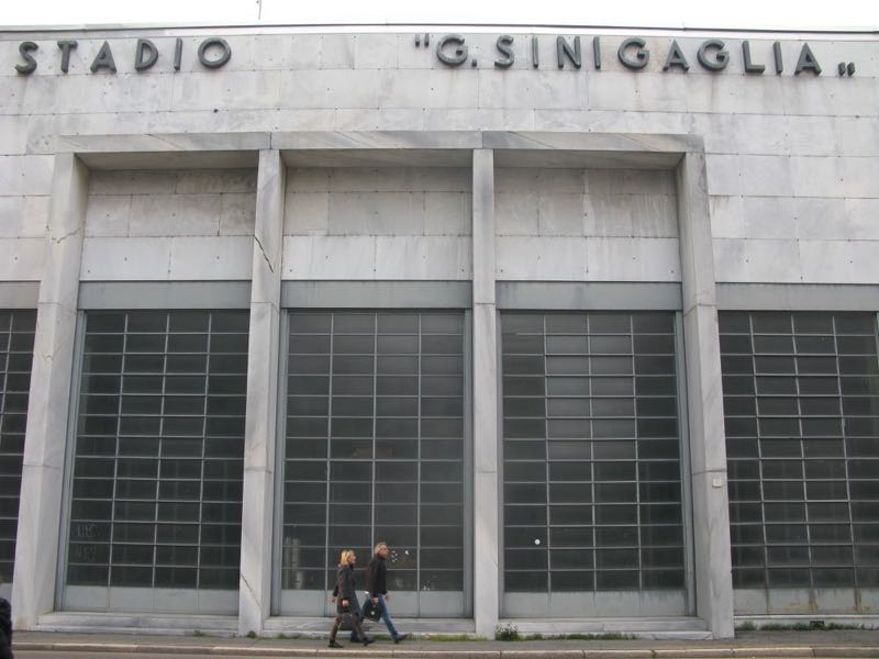 The facade of the Stadio G. Sinigaglia. An equally mesmerising swimming pool is housed inside.