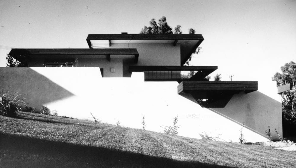 The Dingle House in Hughes, Canberra by Enrico Taglietti (1965) Photograph by Enrico Taglietti.