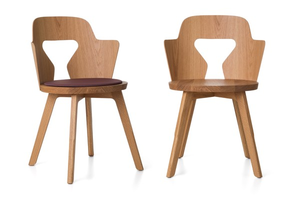 The 'Stammplatz' chair by Alfredo Haberli for Quodes