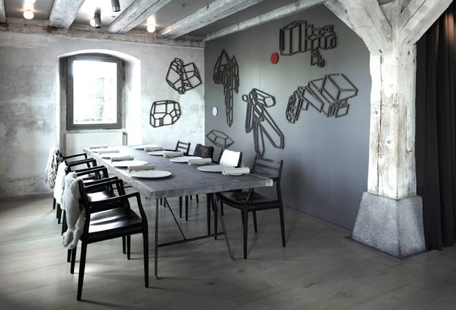 The world famous Noma restaurant in Copenhagen with equally famous JL Møller Model 78 chairs from 1962 around the table. The restaurant is kitted out with various JL Møller chairs throughout.