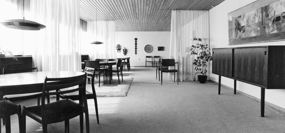 The JL Møller showroom in Højbjerg near Aarhus, late 1960's.