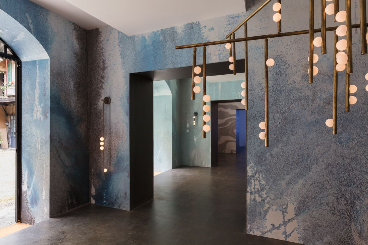 Beyond the Deep  an installation of new works focusing on the effect of aging and corrosion featuring the 'Drop' lighting system by Lindsey Adelman Studio and 'Oceania' wallpapers by Calico Wallpaper.