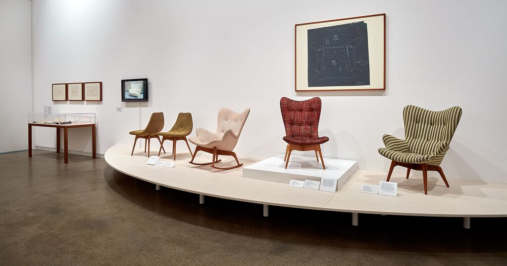 D350 Contour dining chair from 1951 (far left), the B210 Contour rocking chair from 1953, the R152 Contour chair (centre) and the R160 armchair - both from 1951 (right).