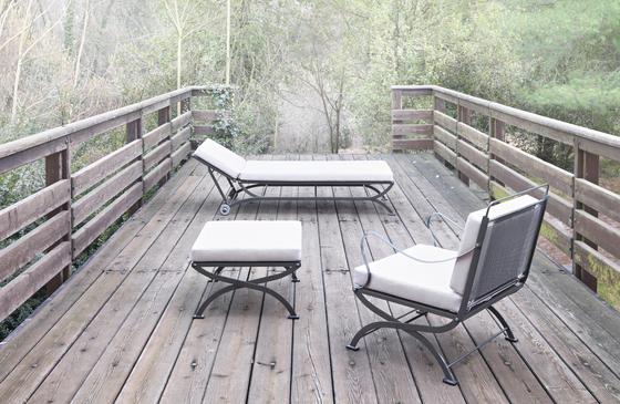 The Nonaro outdoor collection designed in 1962 by for Azucena by Luigi Caccia Dominioni.