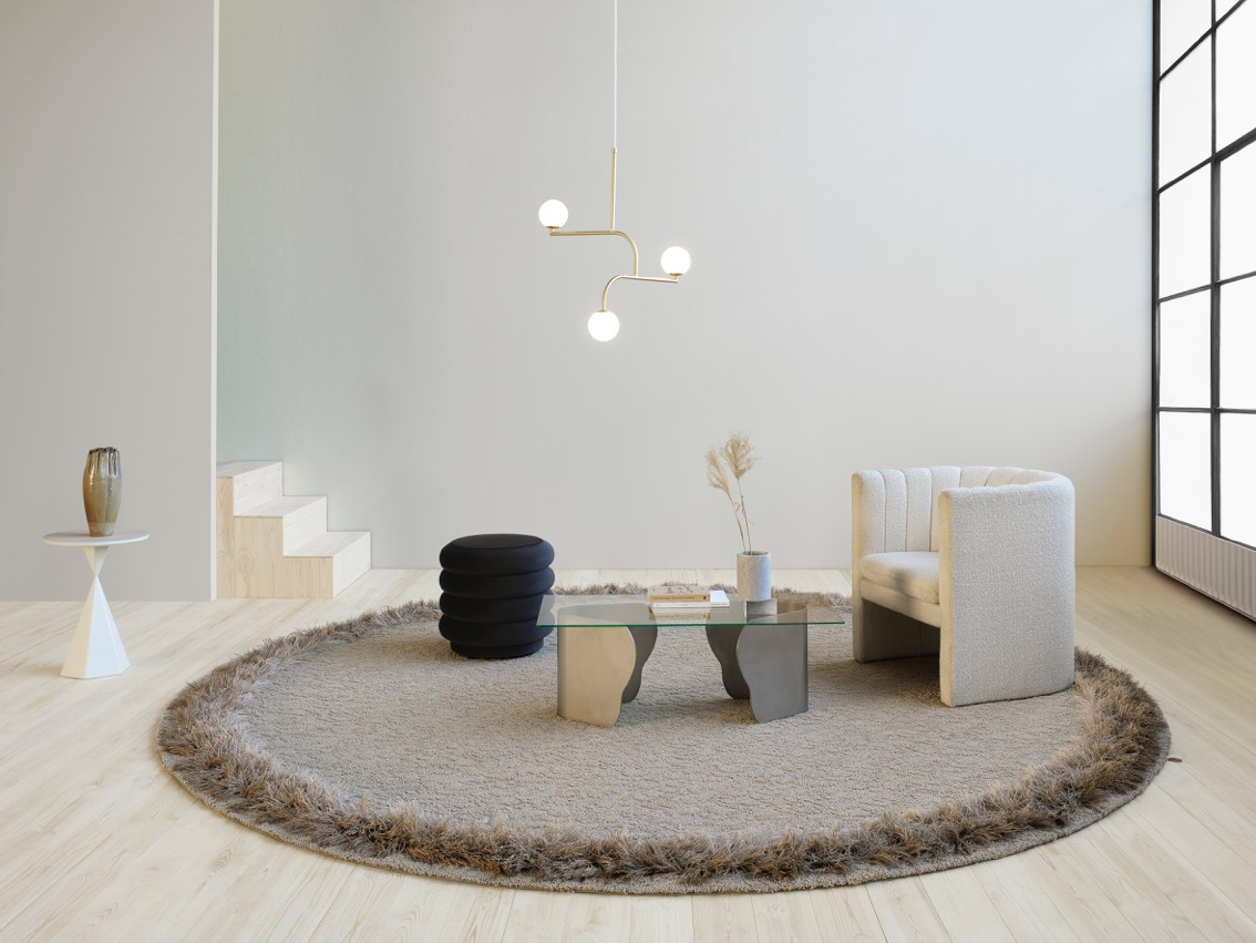 The 'Feather' rug from Kasthall was inspired by penguin feathers. It's quite extreme but you cant argue with its capacity to ground the furniture that sits within it! Its also a perfect play area for children……..think desert island, moon crater.