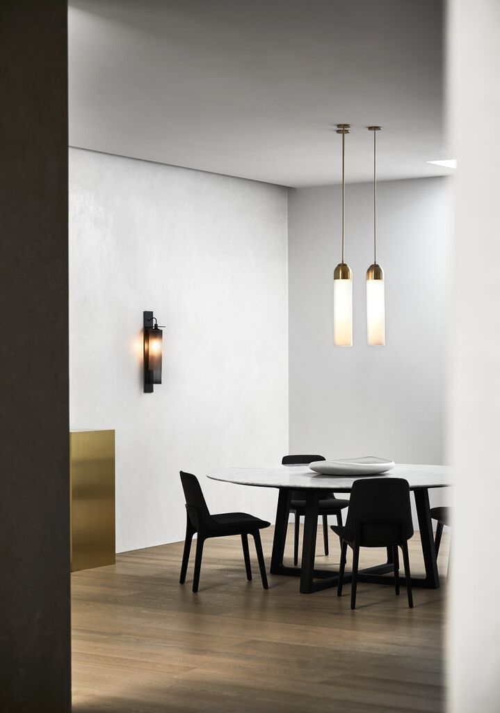 Articolo showroom in Melbourne with Eclipse wall sconce (left) and Float pendants (right). Photography Sharyn Cairns.