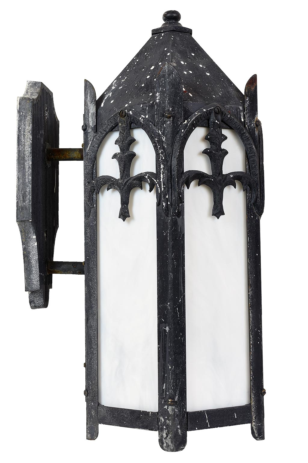 45952-gothic-exterior-sconce-side.jpg
