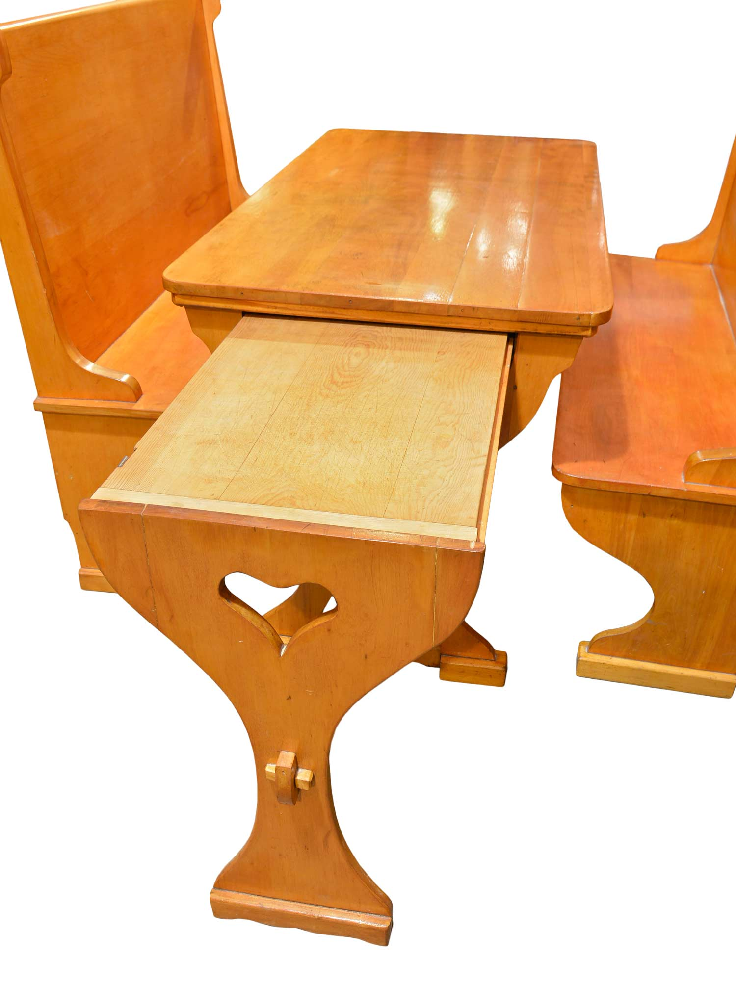 46043-maple-breakfast-nook-with-pull-out-table-cutting-board.jpg