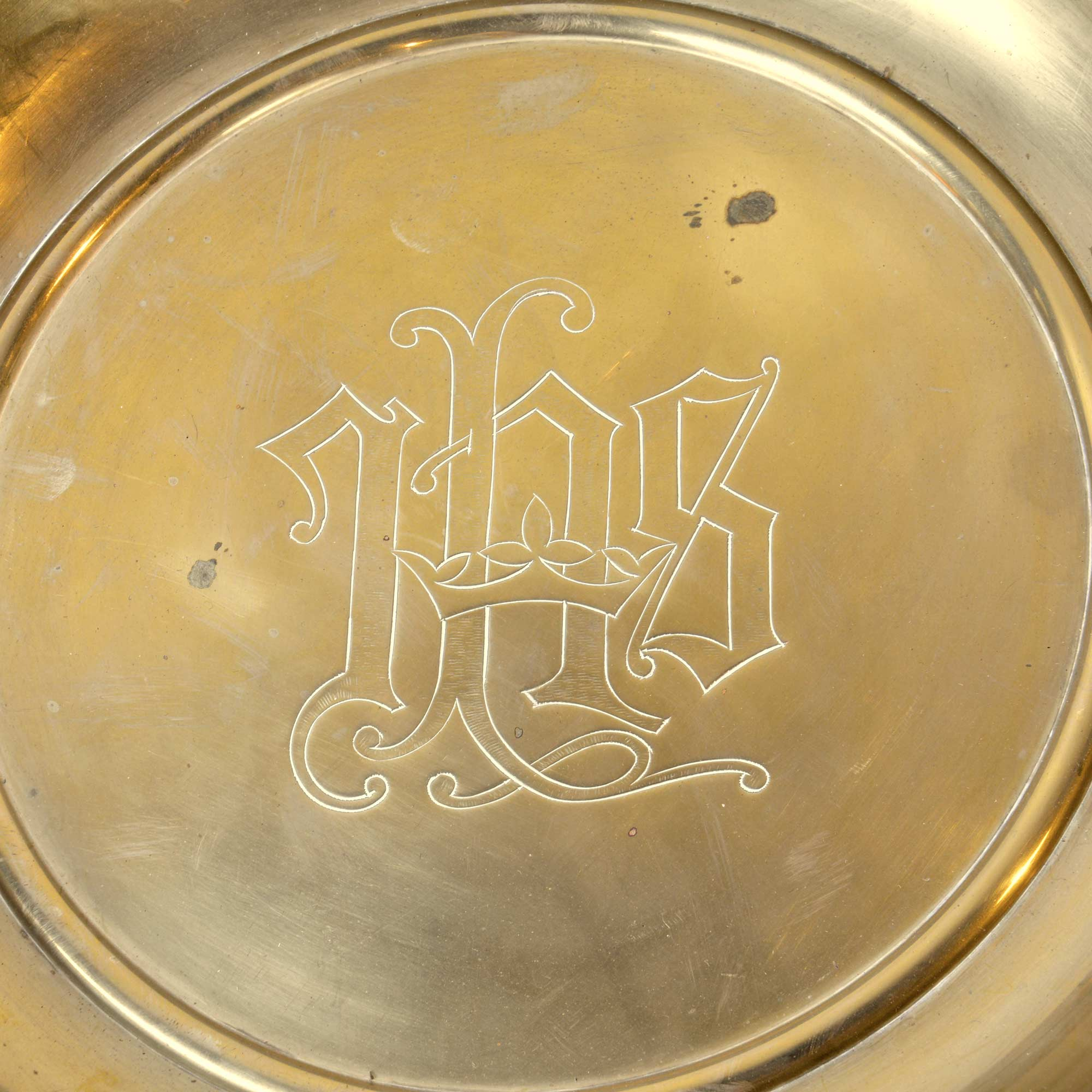 46329-A-brass-collection-plate-with-cristogram-detail.jpg
