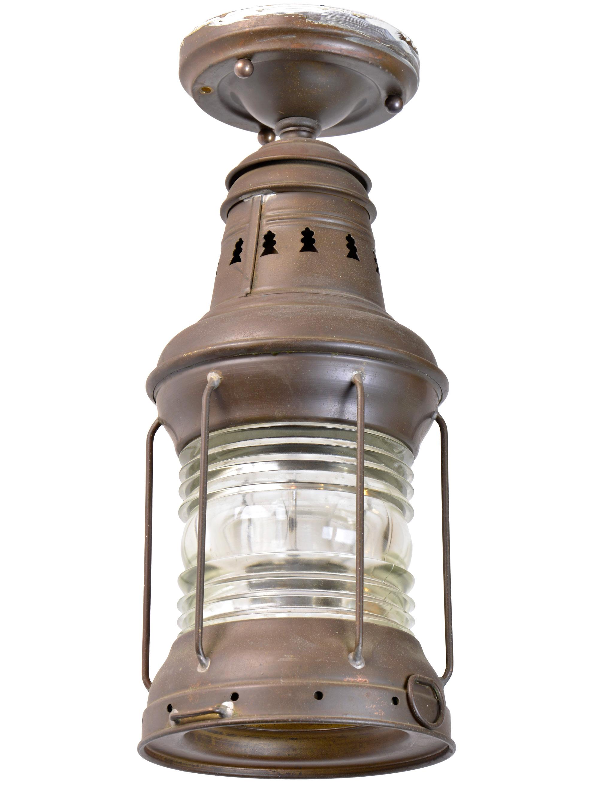 46522-russel-and-stoll-marine-light-angle.jpg