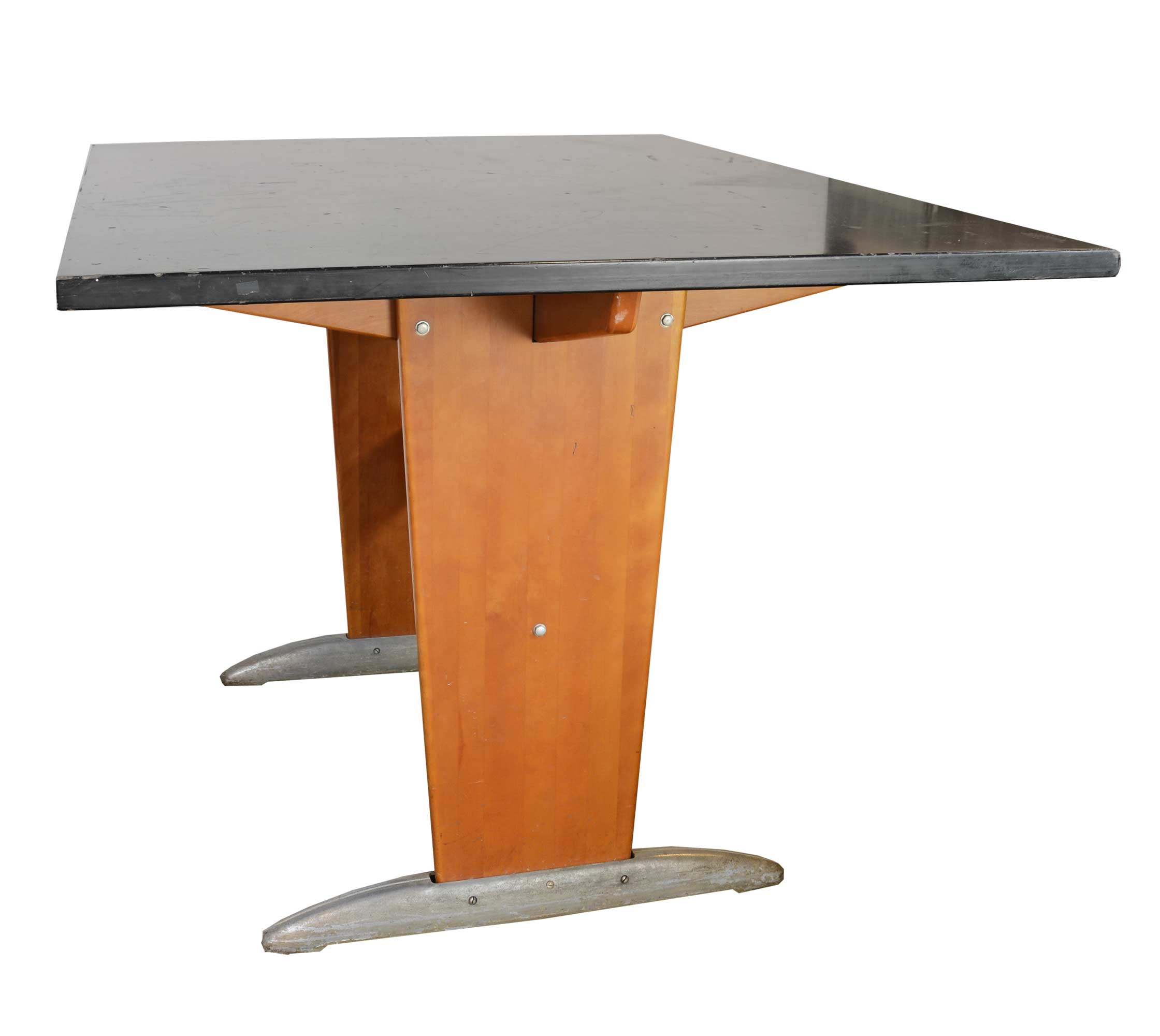 46699-lab-table-side.jpg