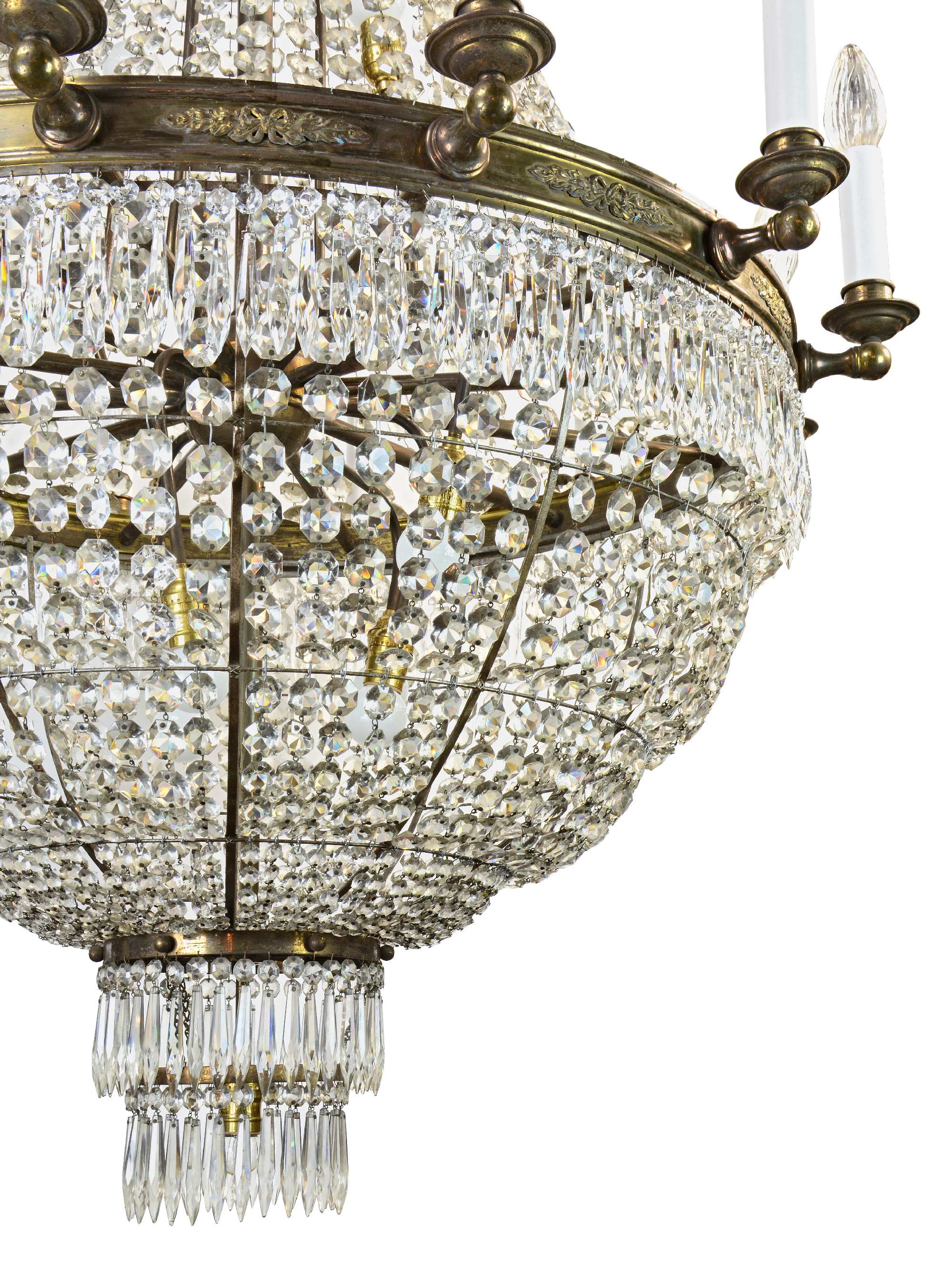 46798-crystal-chandelier-bottom.jpg