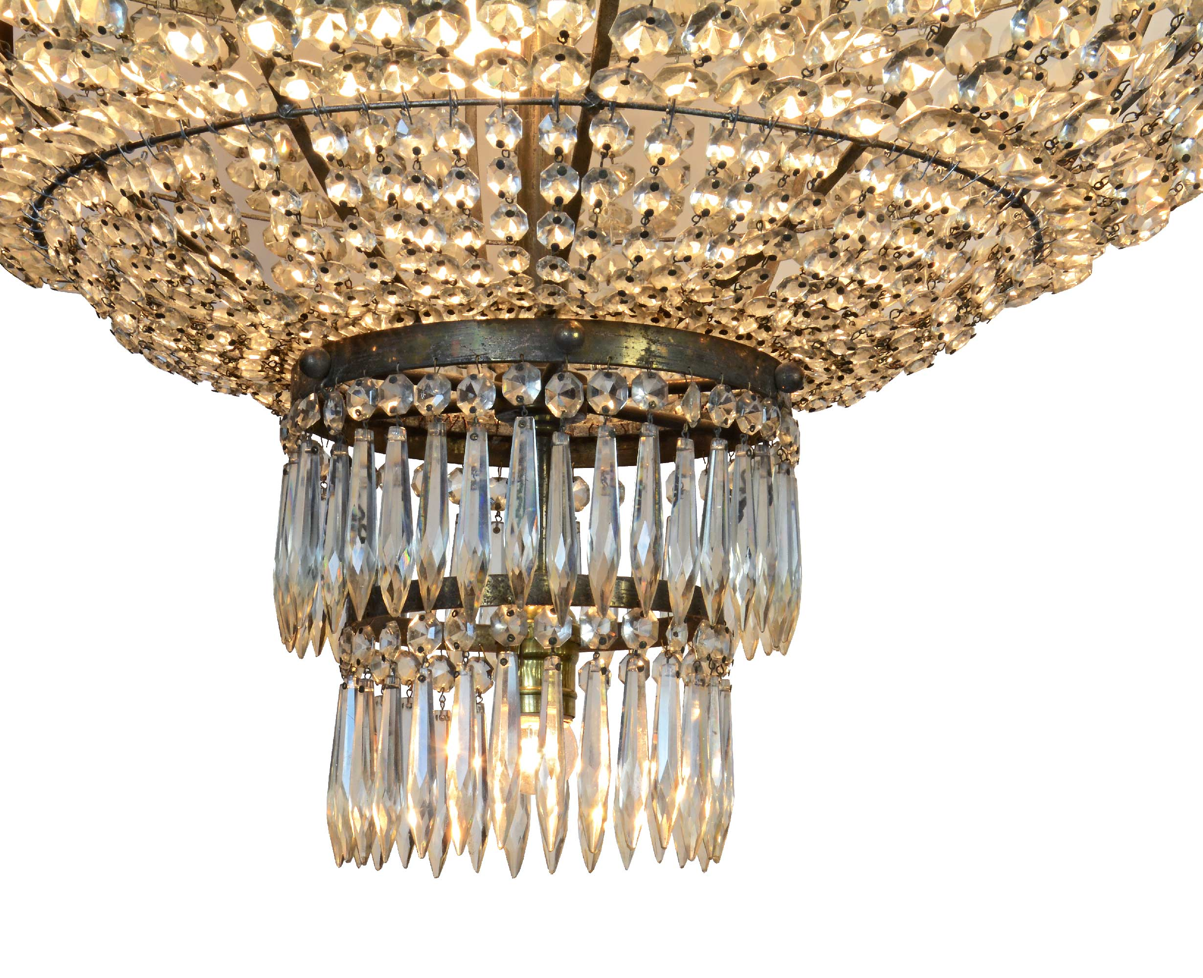 46798-crystal-chandelier-bottom-detail.jpg