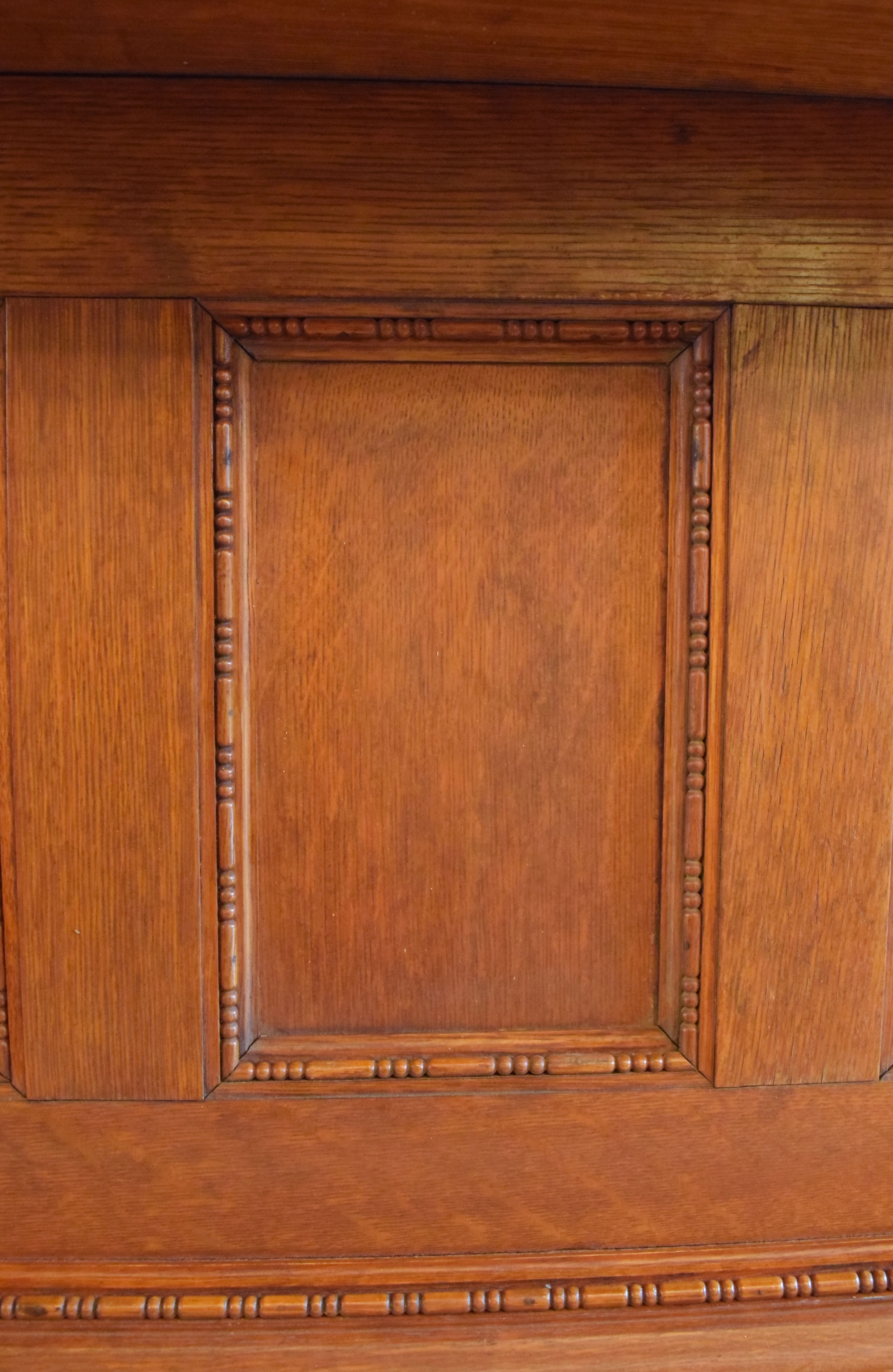 47048-quarter-sawn-oak-header-detail-1.jpg