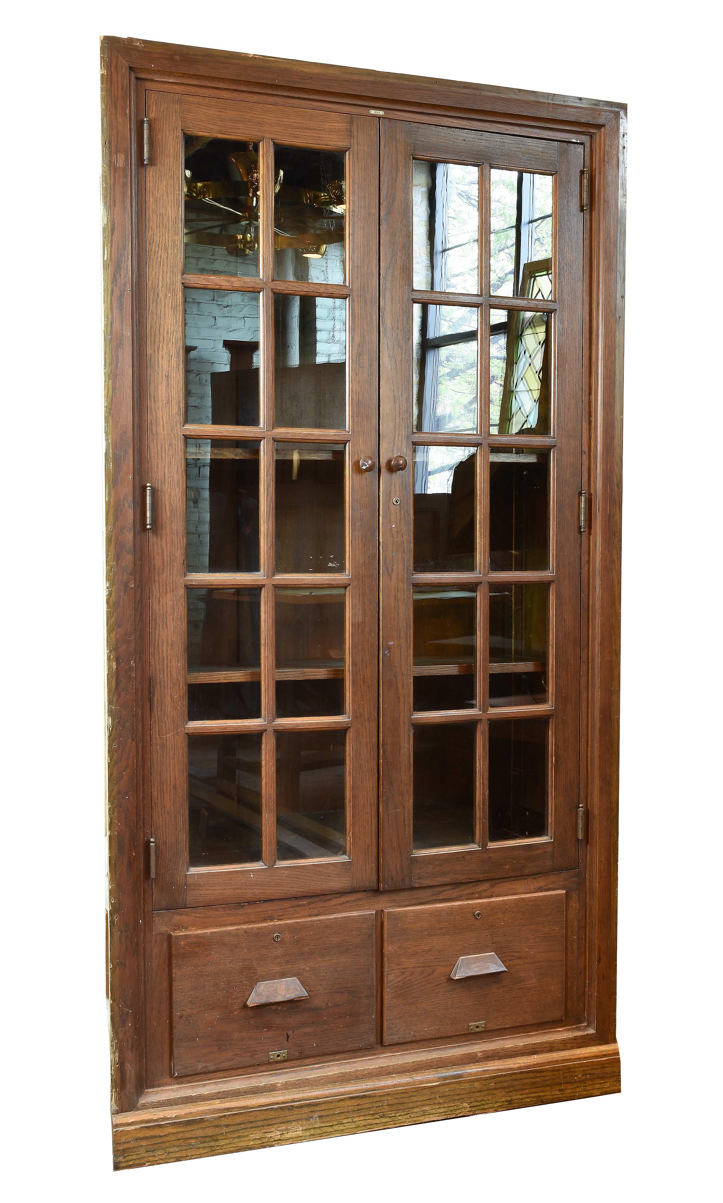 47028 two door school room cab 1.jpg