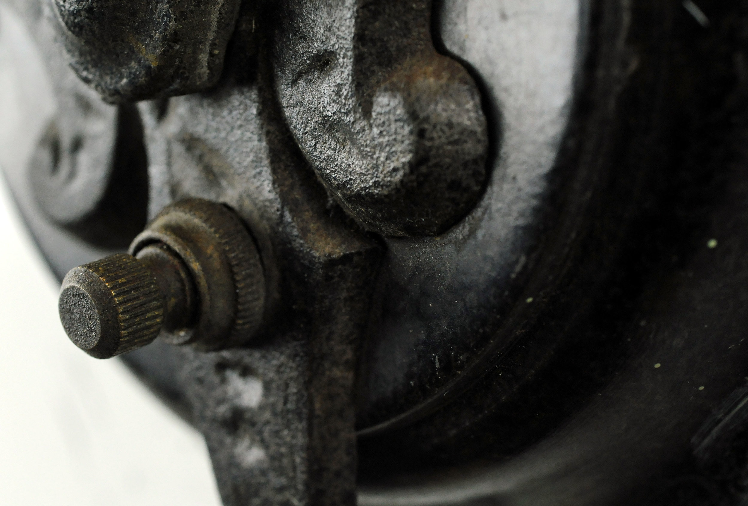 44742-one-arm-tudor-sconce-switch-detail.jpg