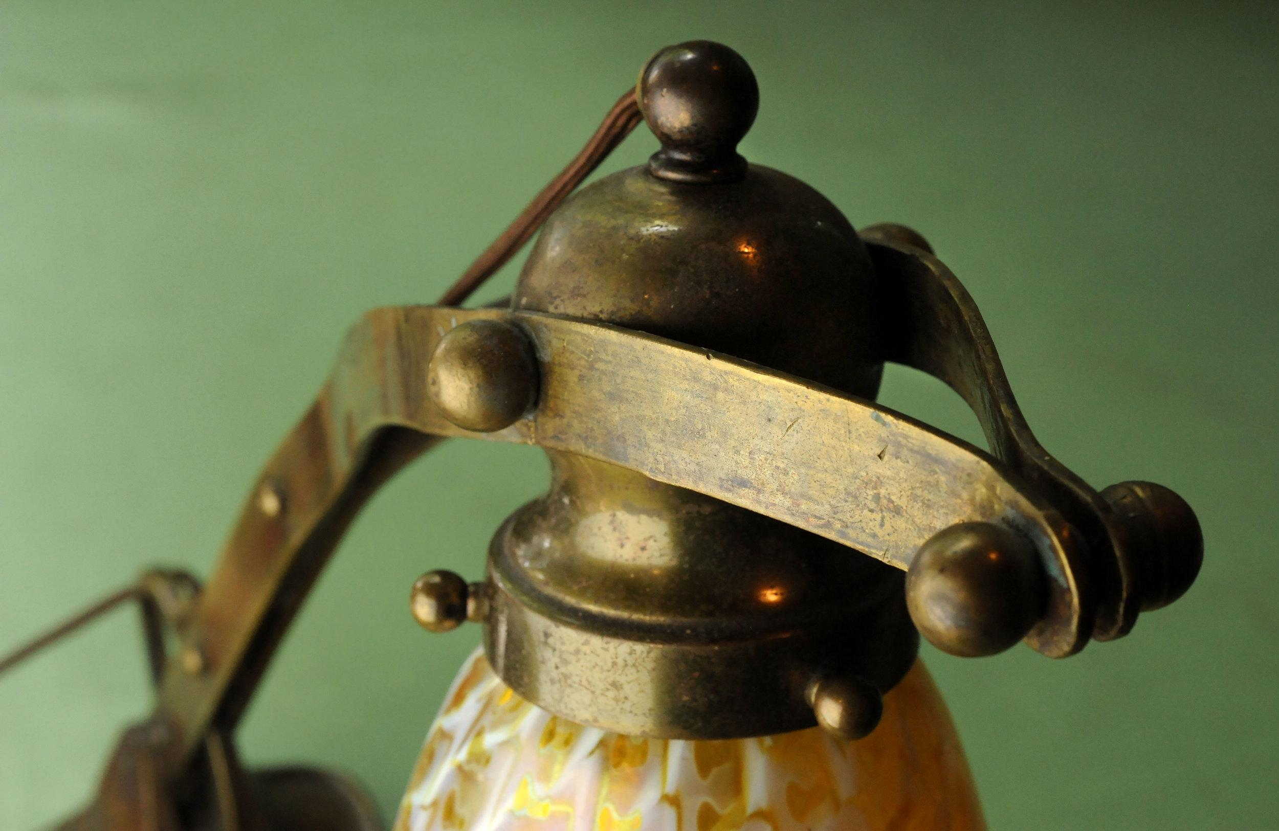 47195 handel table-lamp-brass-detail.jpg