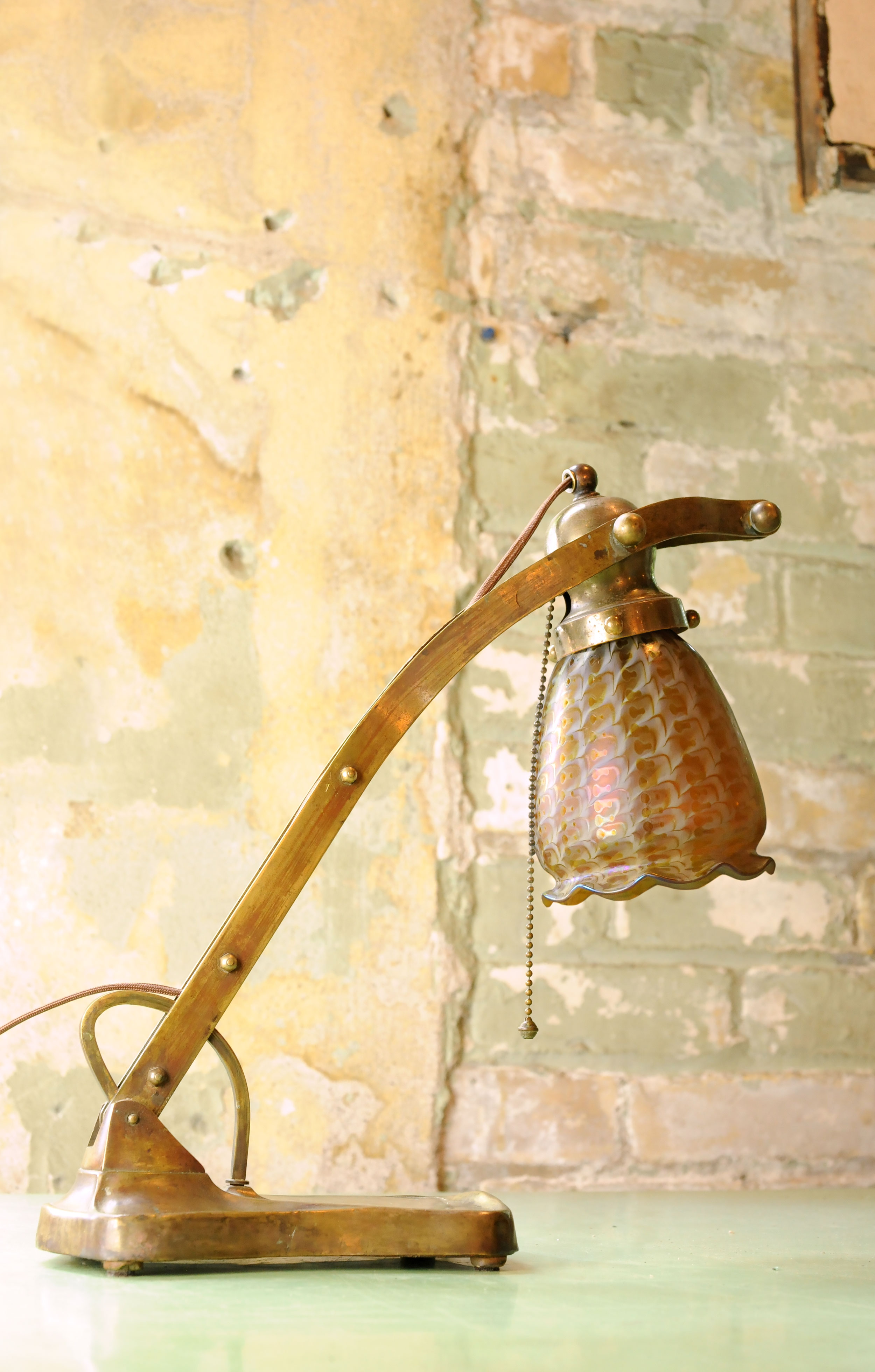 47195 handel table-lamp-natural-background.jpg