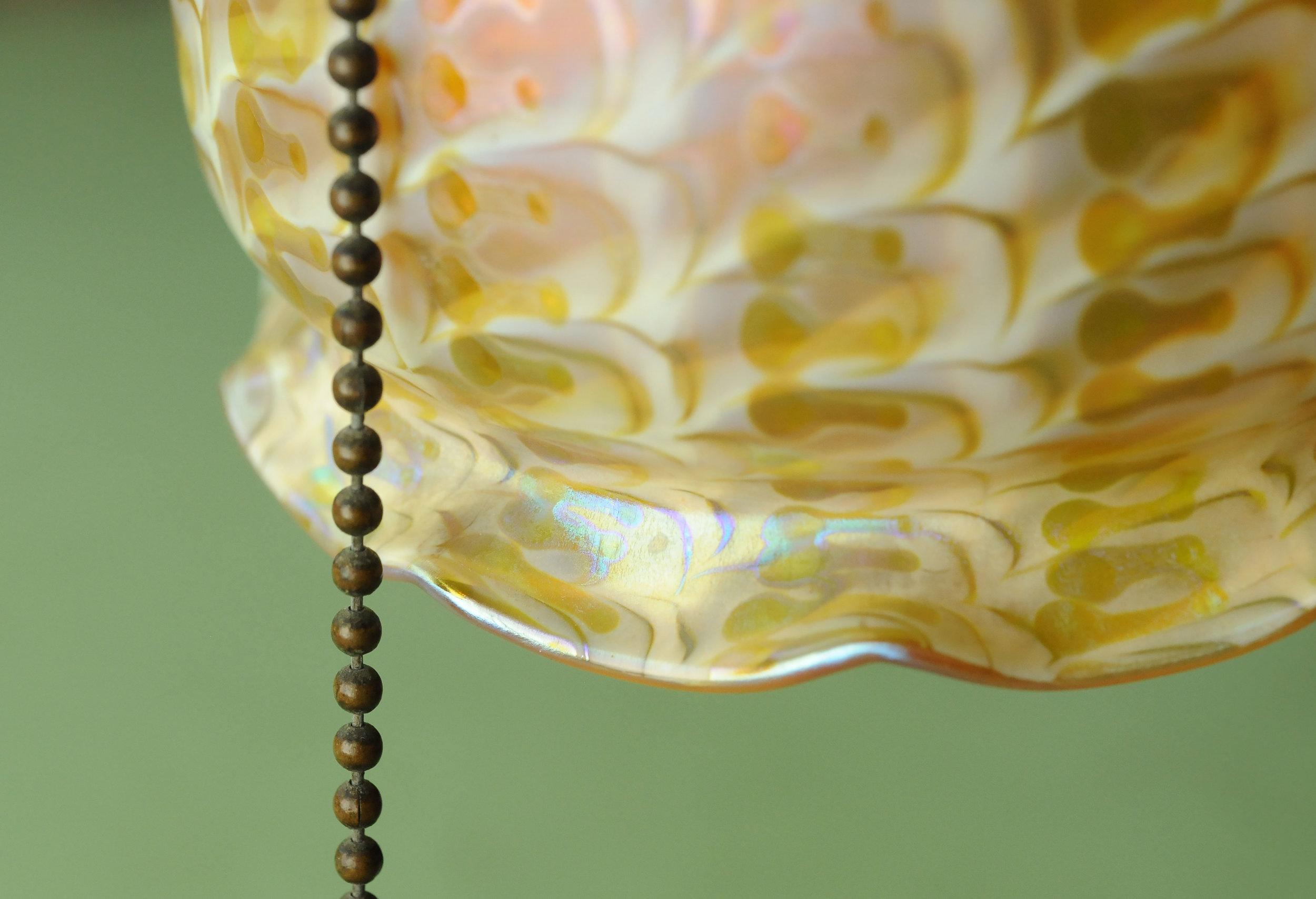 47195 handel table-lamp-outer-shade-detail.jpg