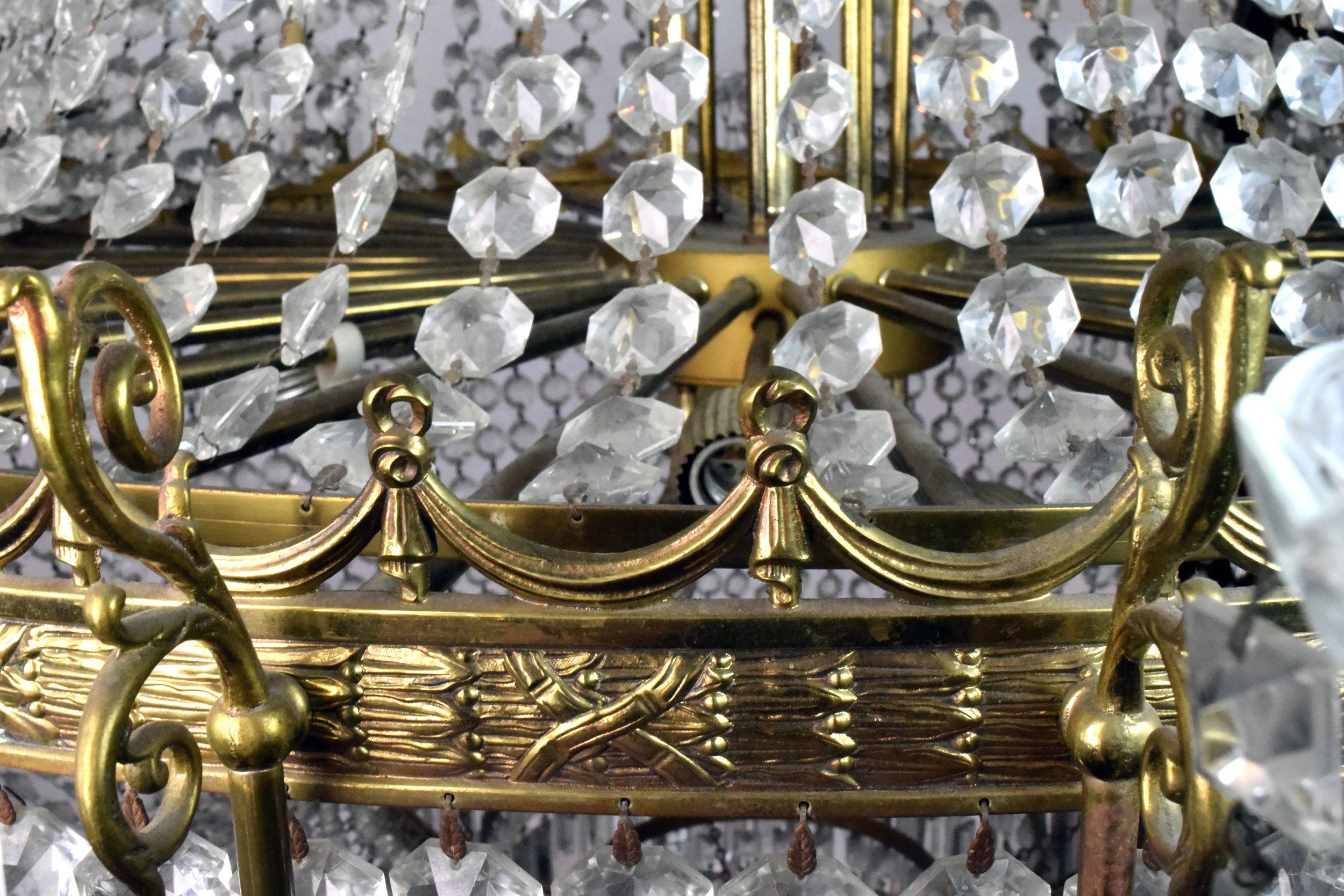 47206-italian-crystal-chandelier-ring-detail.jpg