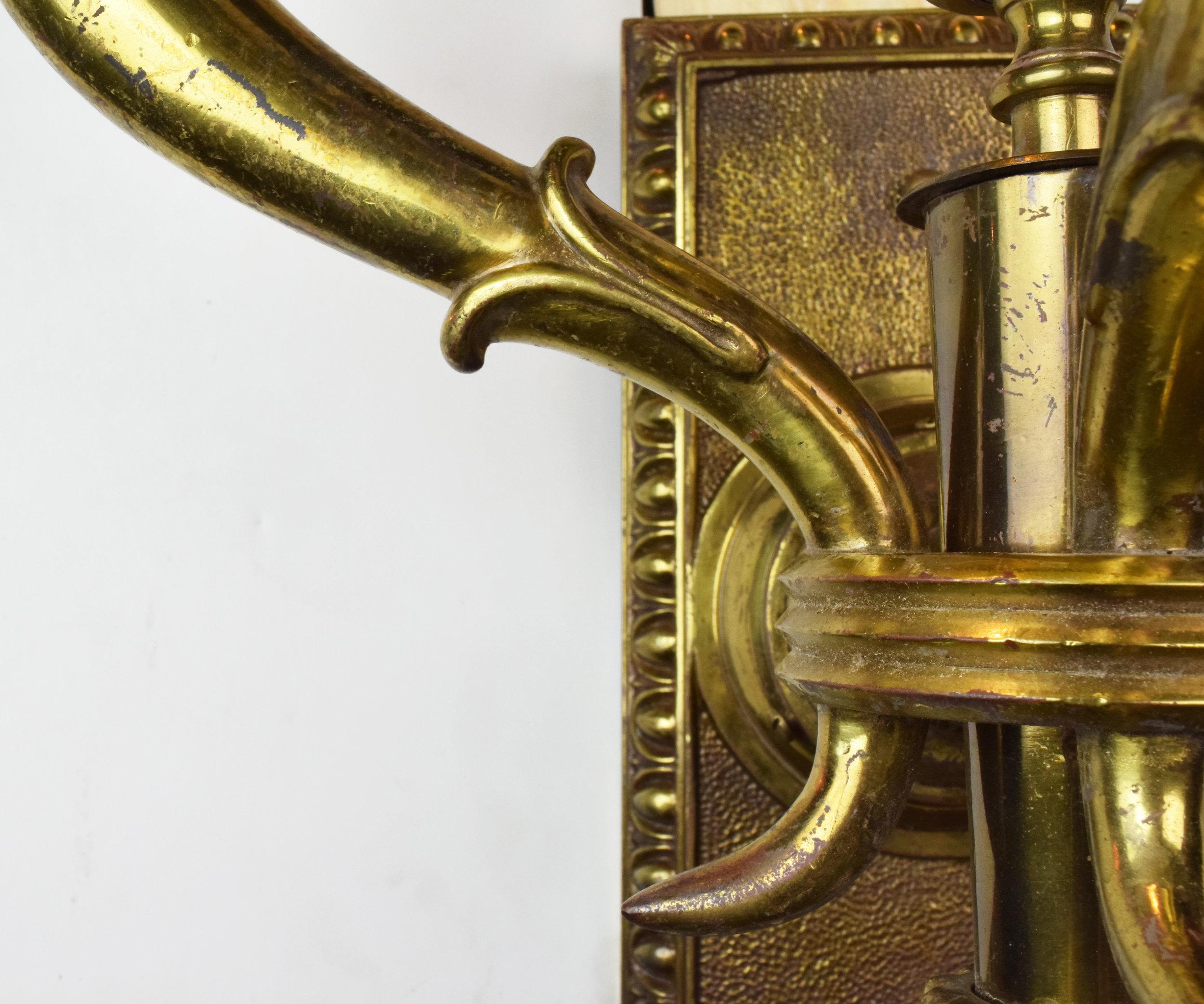 47172-brass-3-arm-ED-sconce-detail-arm-2.JPG