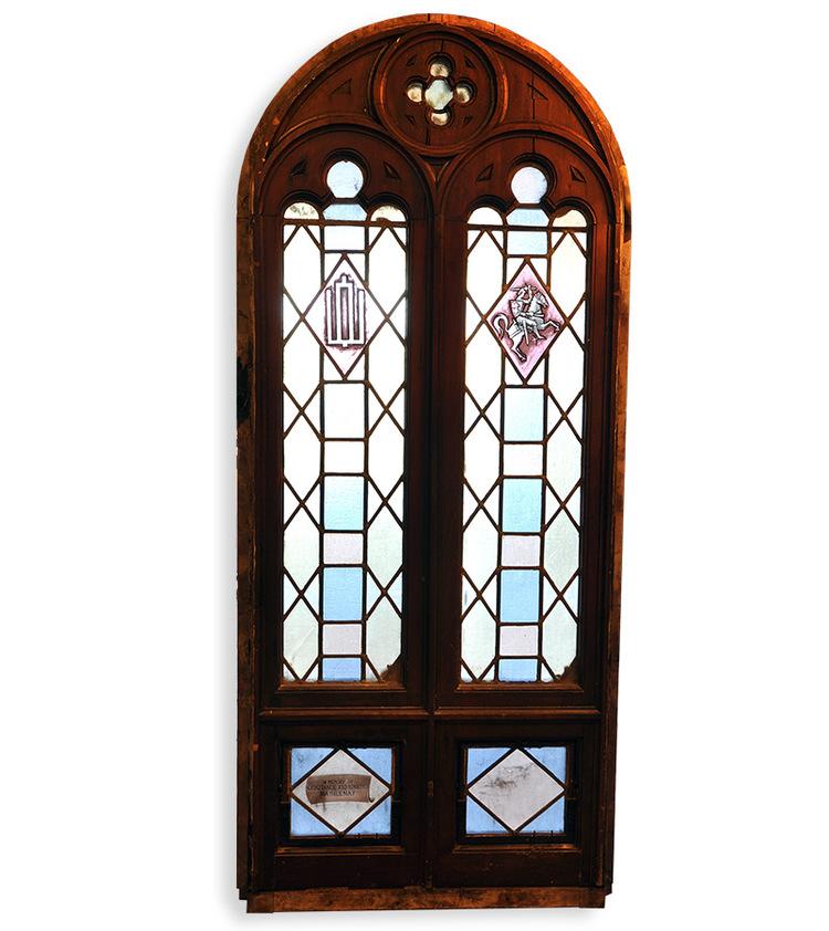 early 20th century gothic windows