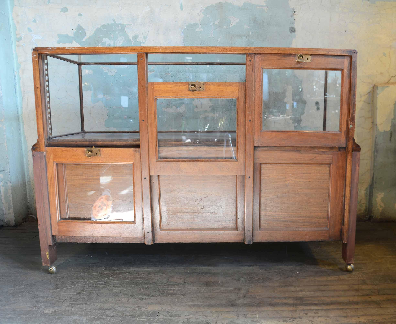 46917-display-case-with-drawers-BAL.jpg
