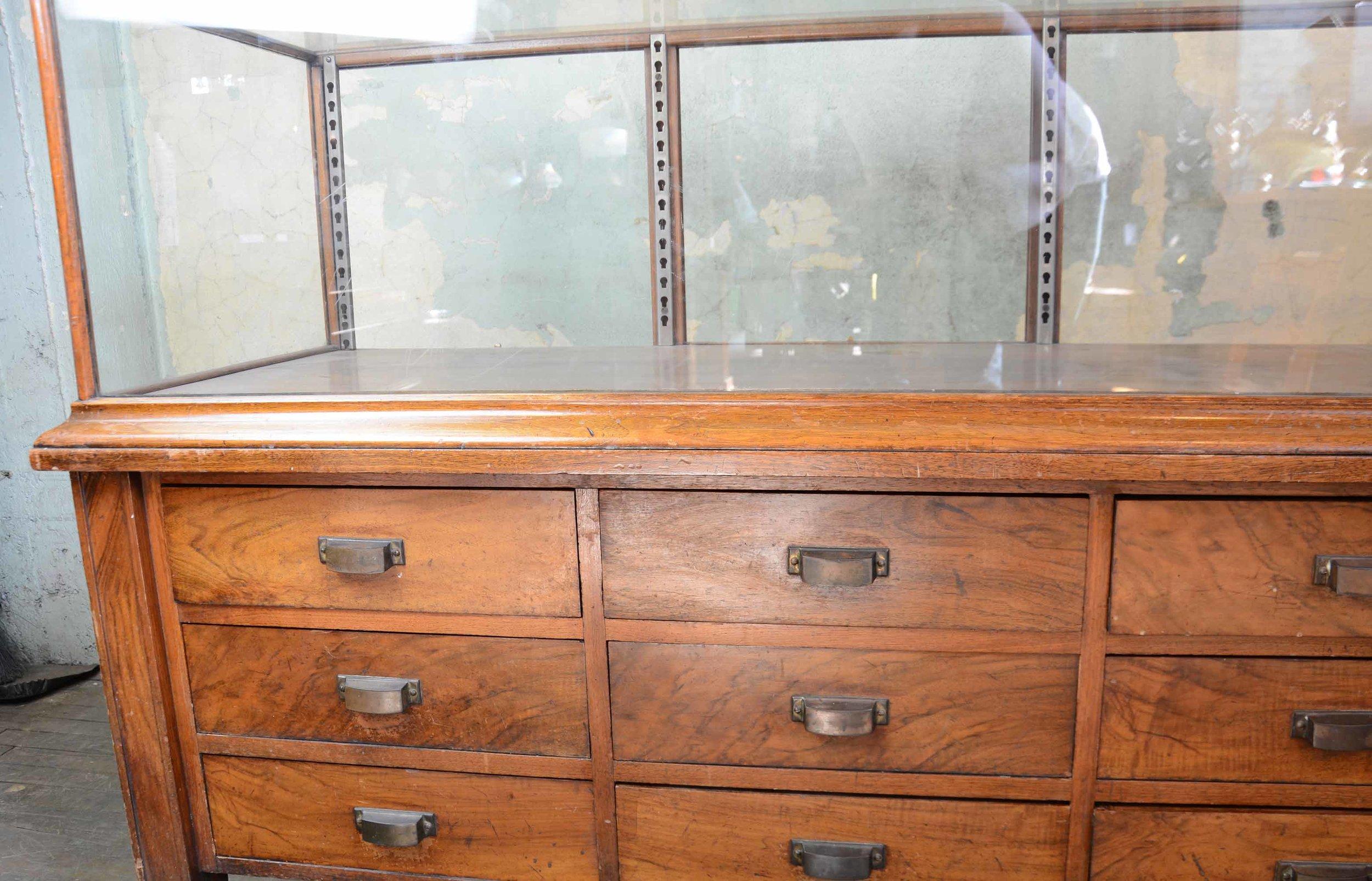 46917-display-case-with-drawers-CASE-DETAIL.jpg