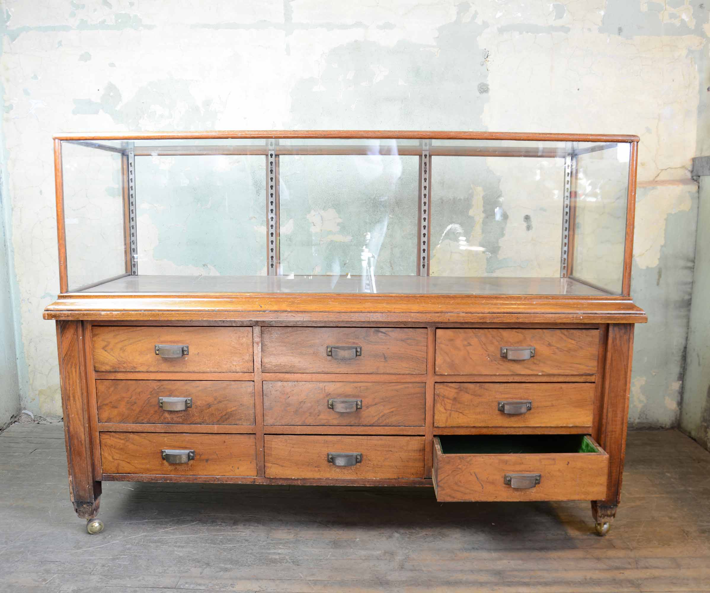 46917-display-case-with-drawers-FULL-OPEN-DRAWER.jpg