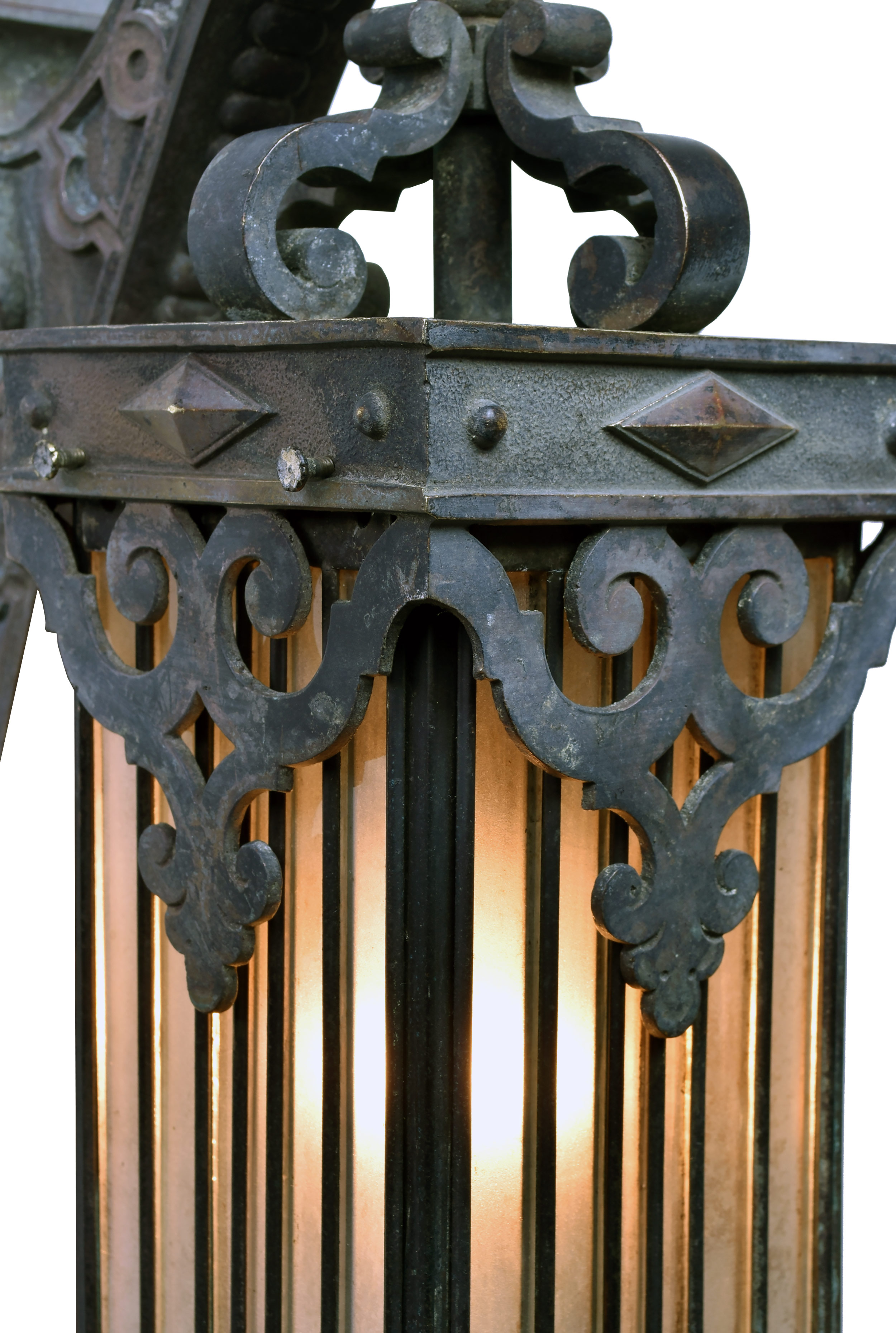 47236-cast-bronze-sconce-with-leaded-glass-shade-detail.jpg