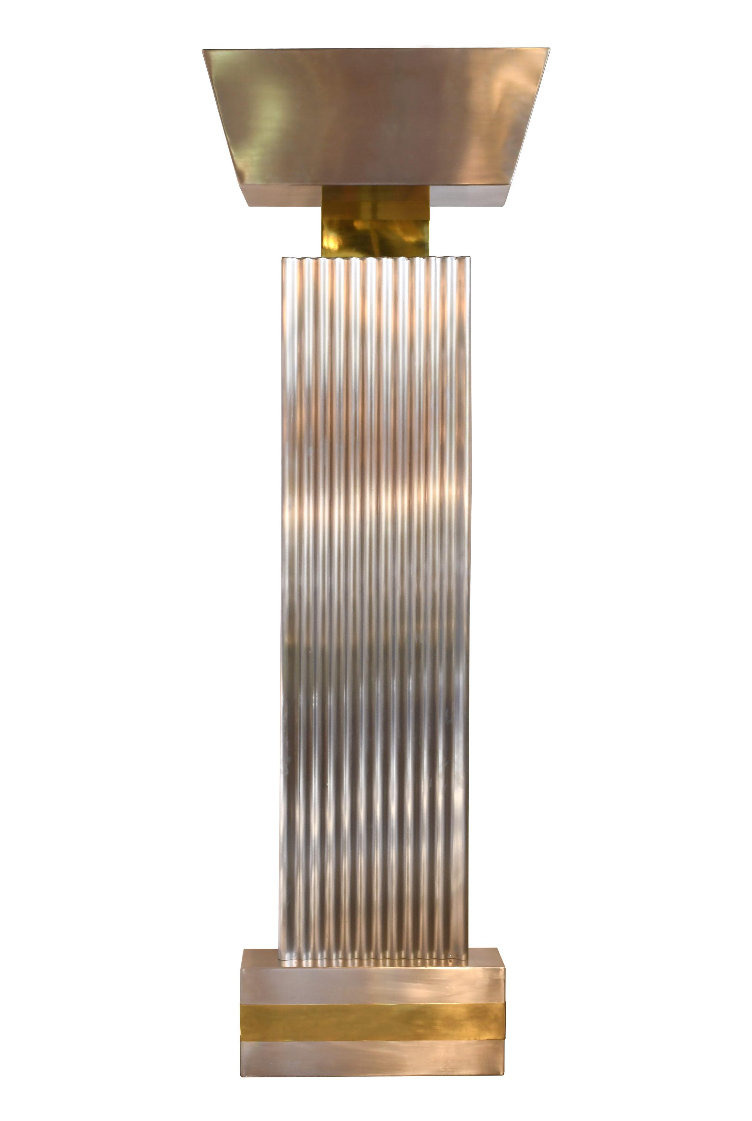 47579-modern-sculptural-wall-fixture-front-full-view.jpg
