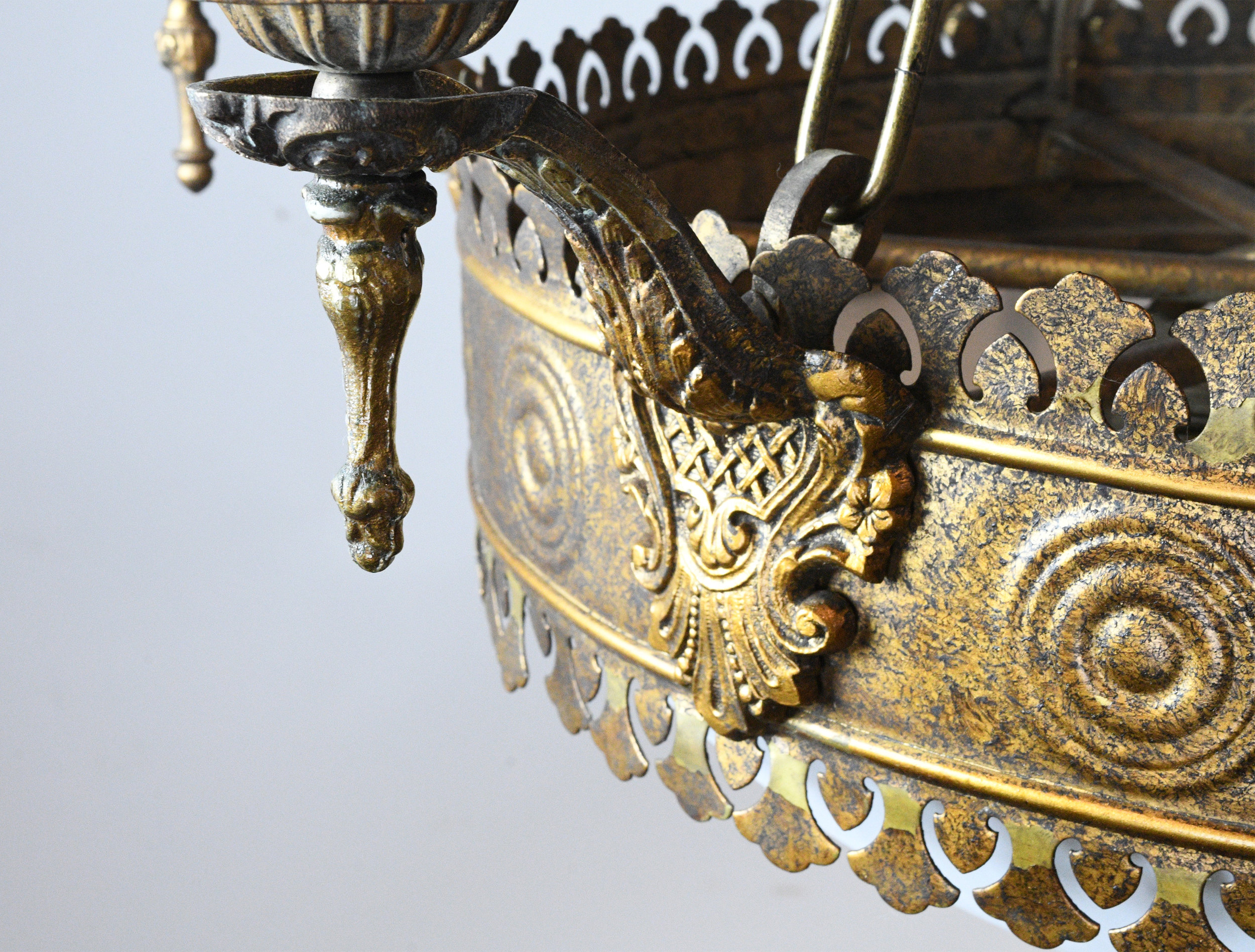 47529-6-candle-tudor-brass-chand-with-bent-glass-detail-9.jpg