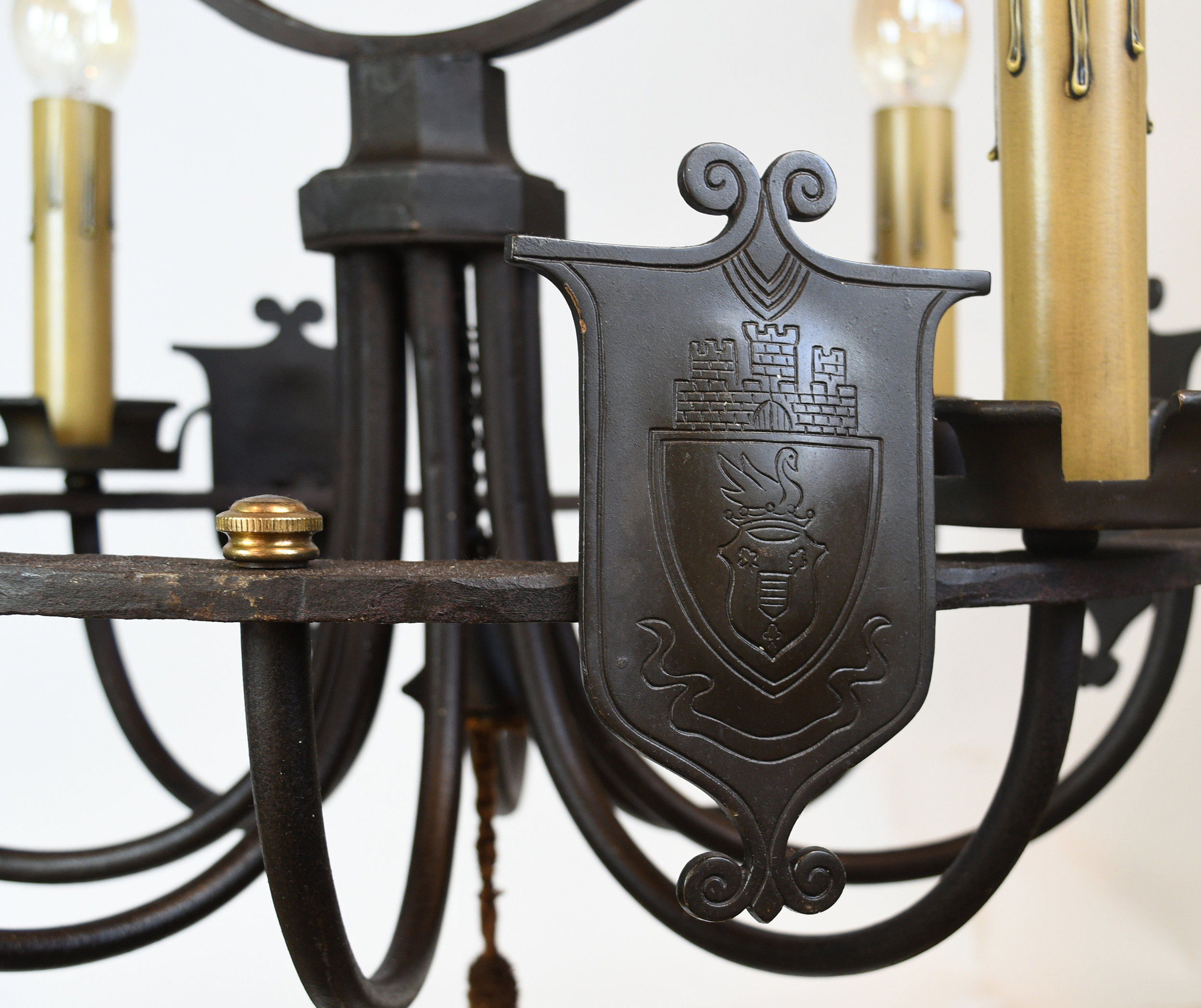 47538-iron-tudor-chand-with-hoop-shield-detail-17.jpg