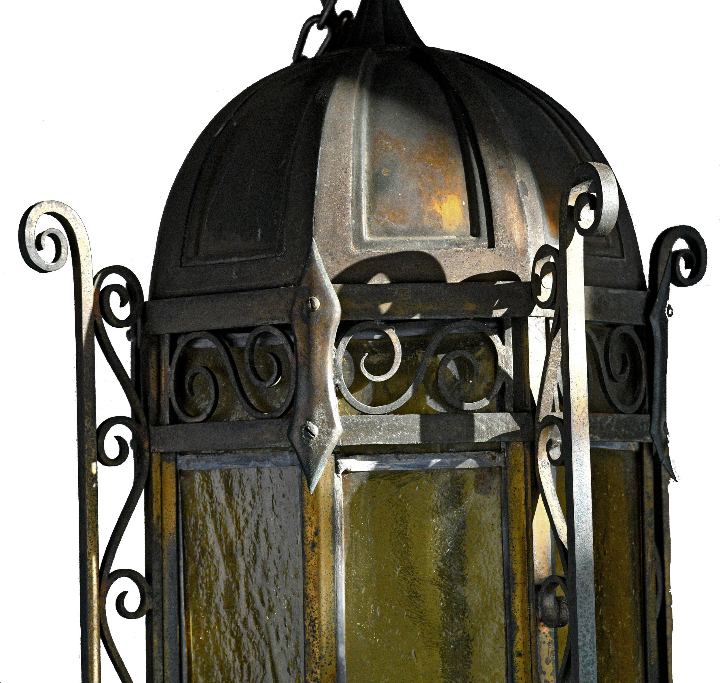 43187-Large-brass-larntern-with-leaded-panels-1.jpg