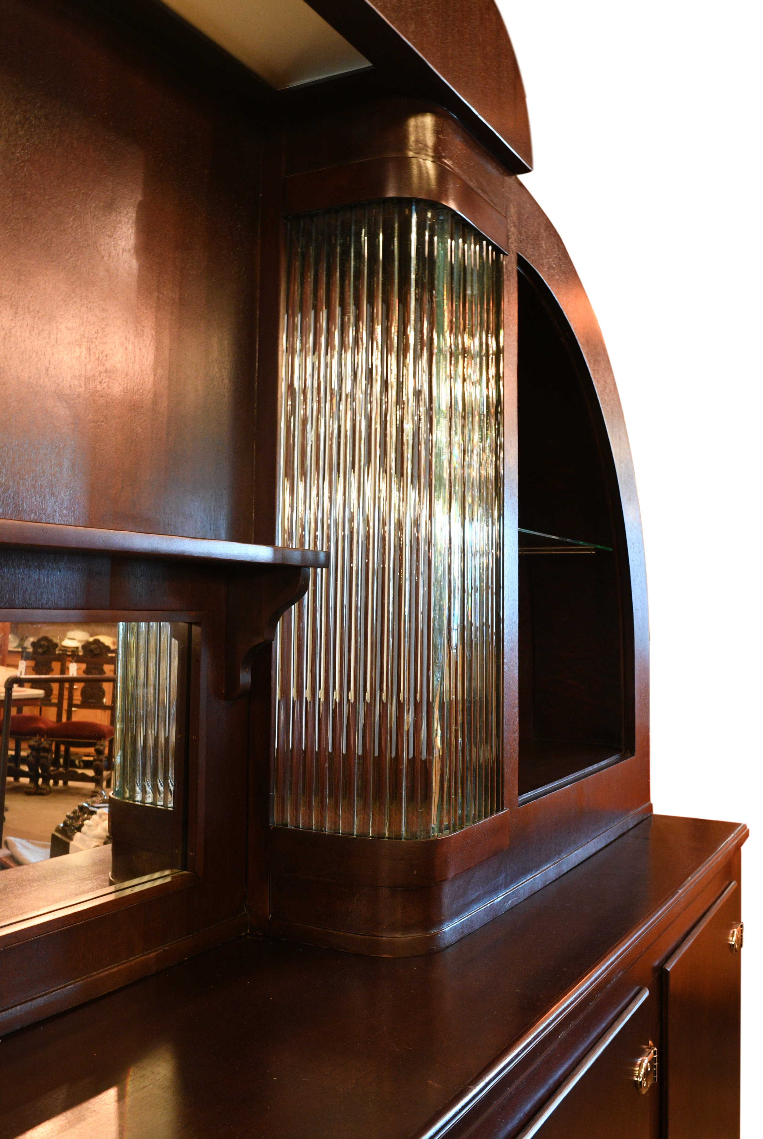 47687-art-deco-bar-with-glass-rods-details-15.jpg