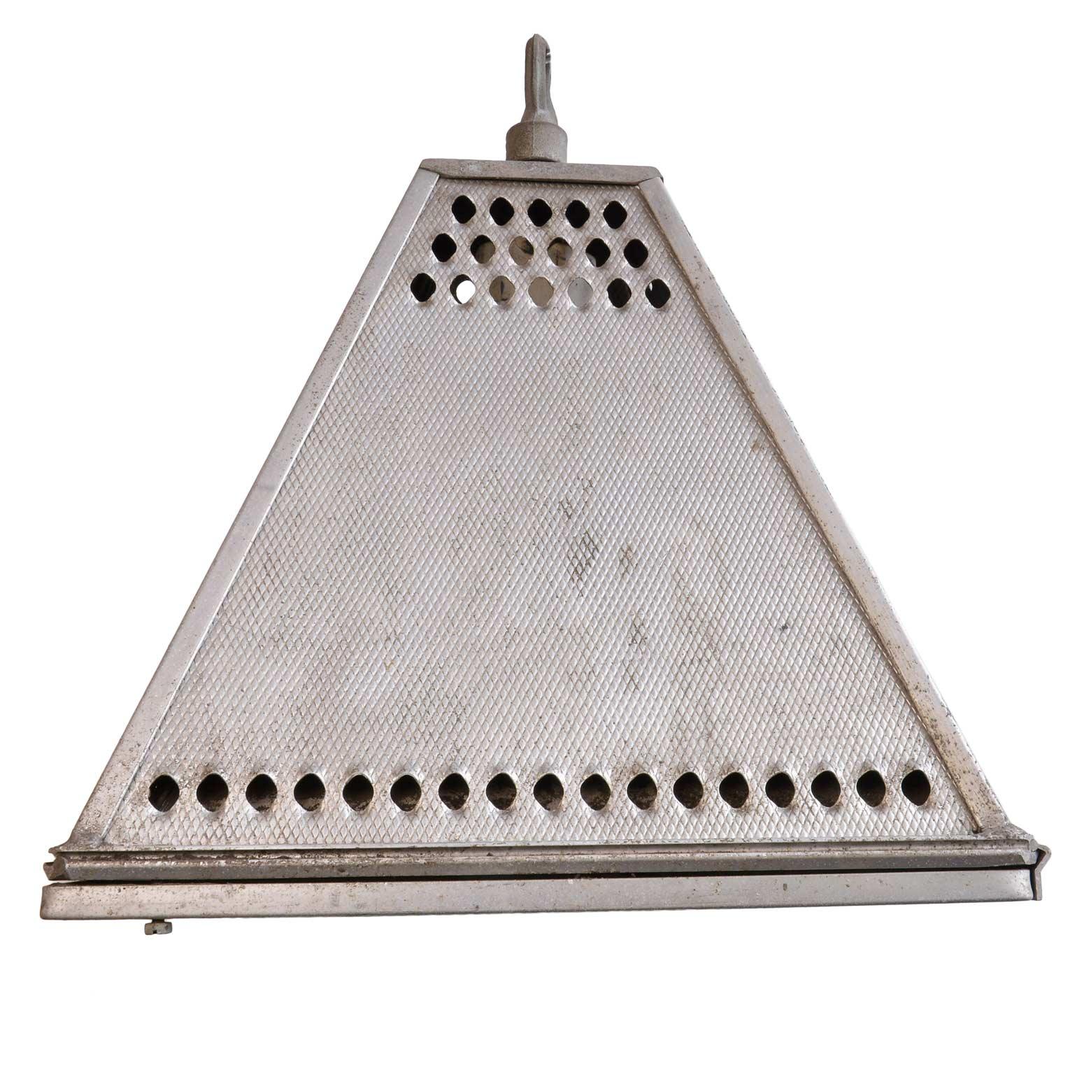 45937-pyramid-industrial-fixture-side.jpg