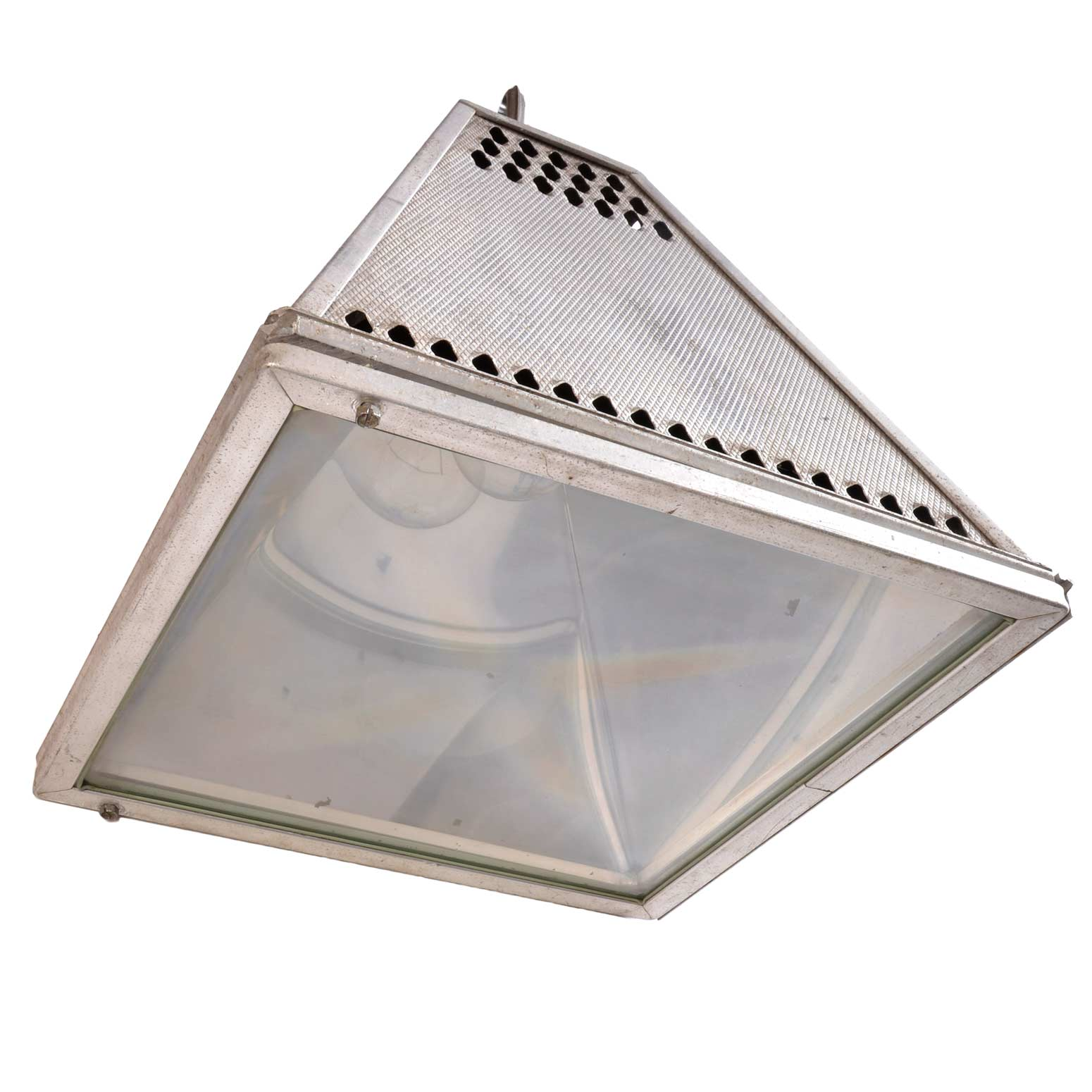 45937-pyramid-industrial-fixture-bottom.jpg