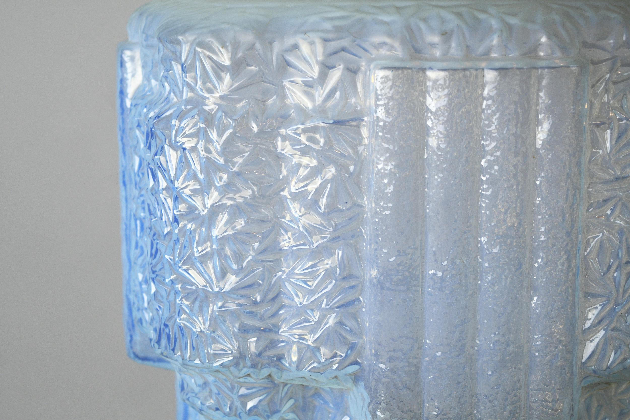 47691-blue-vaseline-glass-art-deco-13.jpg