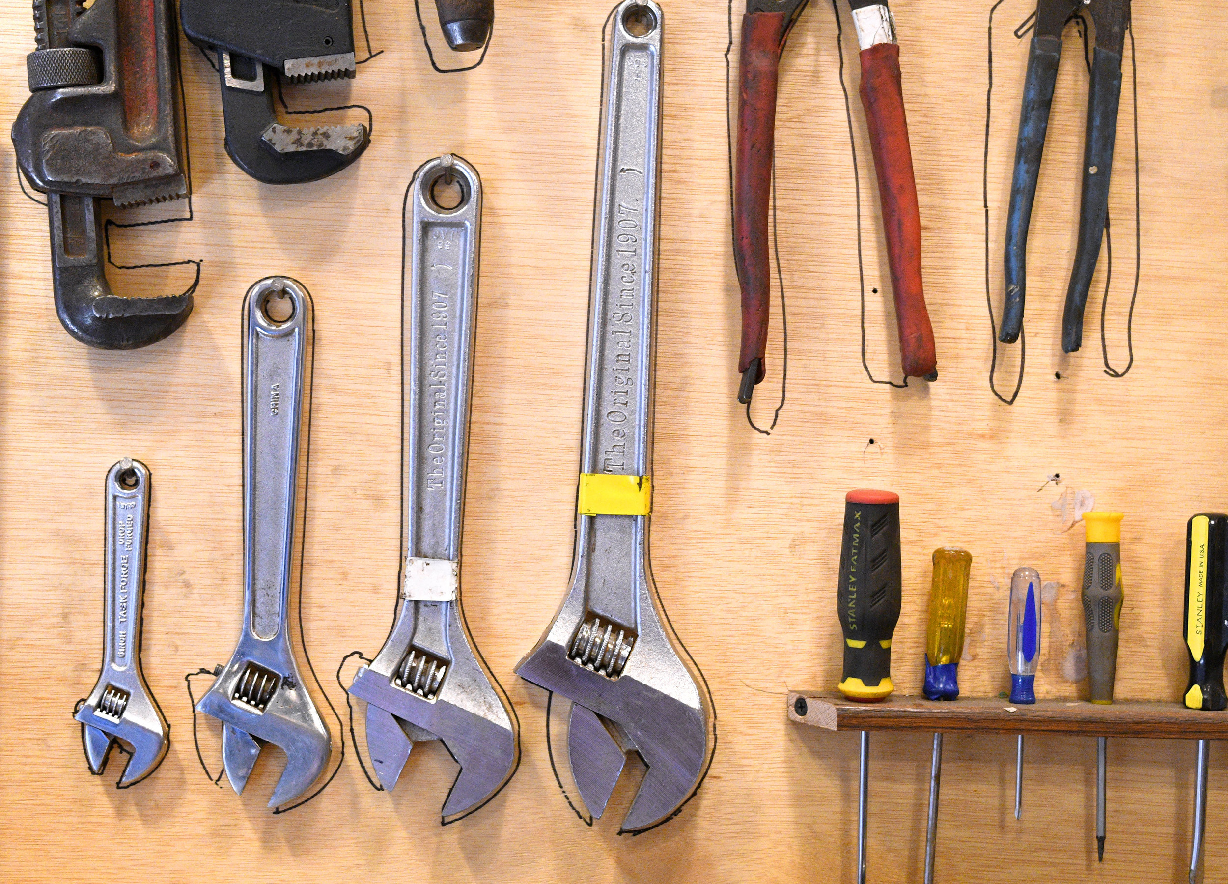 tools-outline.jpg