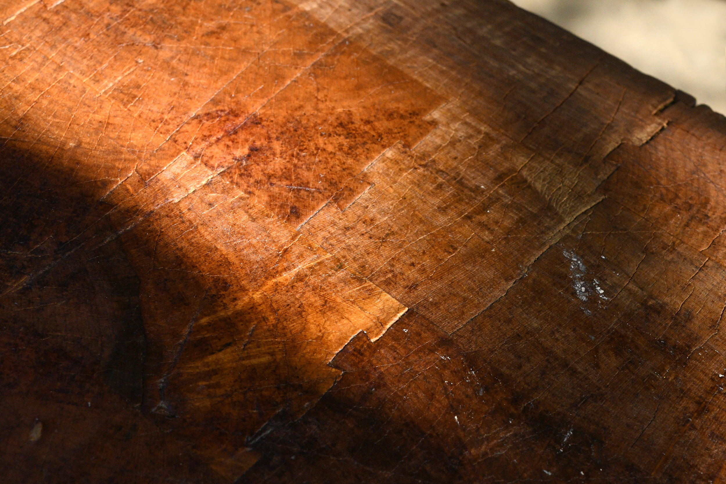 47736-butcher-block-table-wood-grain.jpg
