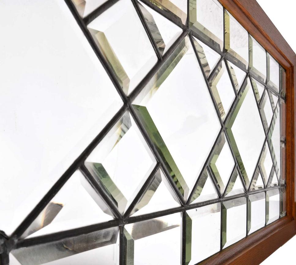 46386-beveled-diamond-window-glass-detail.jpg