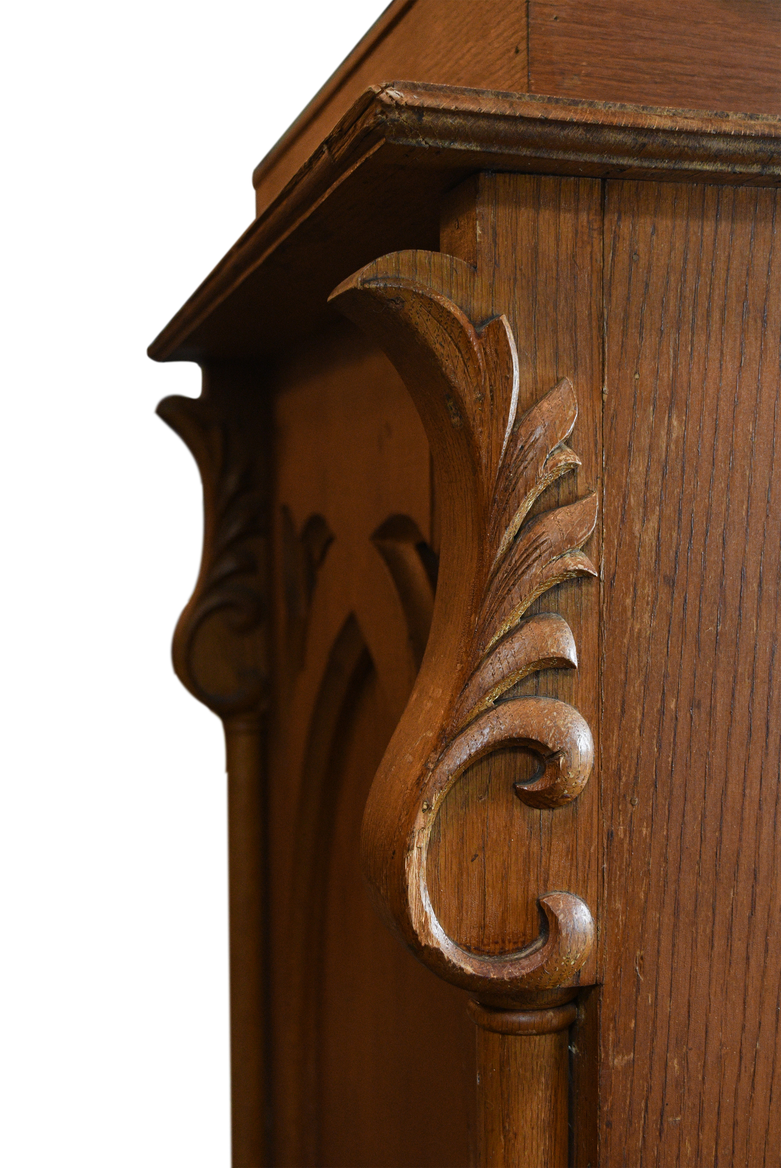 47834-tall-carved-oak-sconce-28.jpg