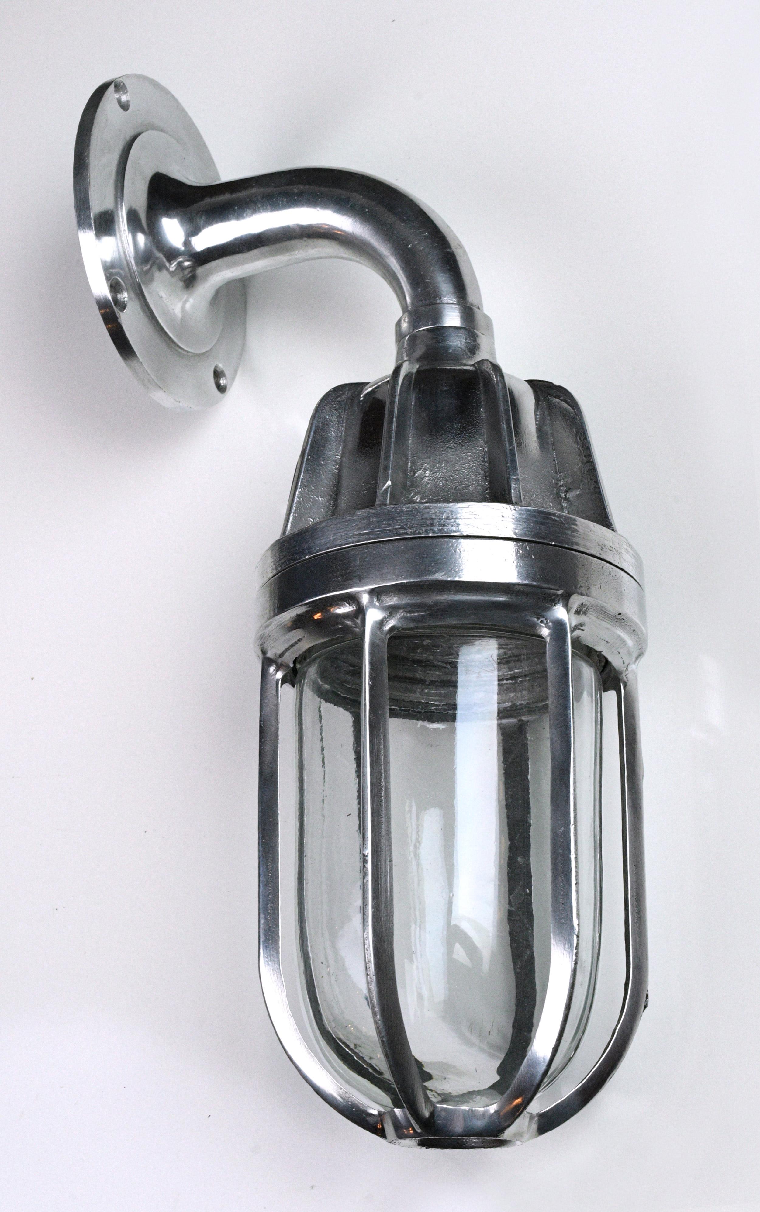 47840-tall-aluminum-pendant-without-hood.jpg