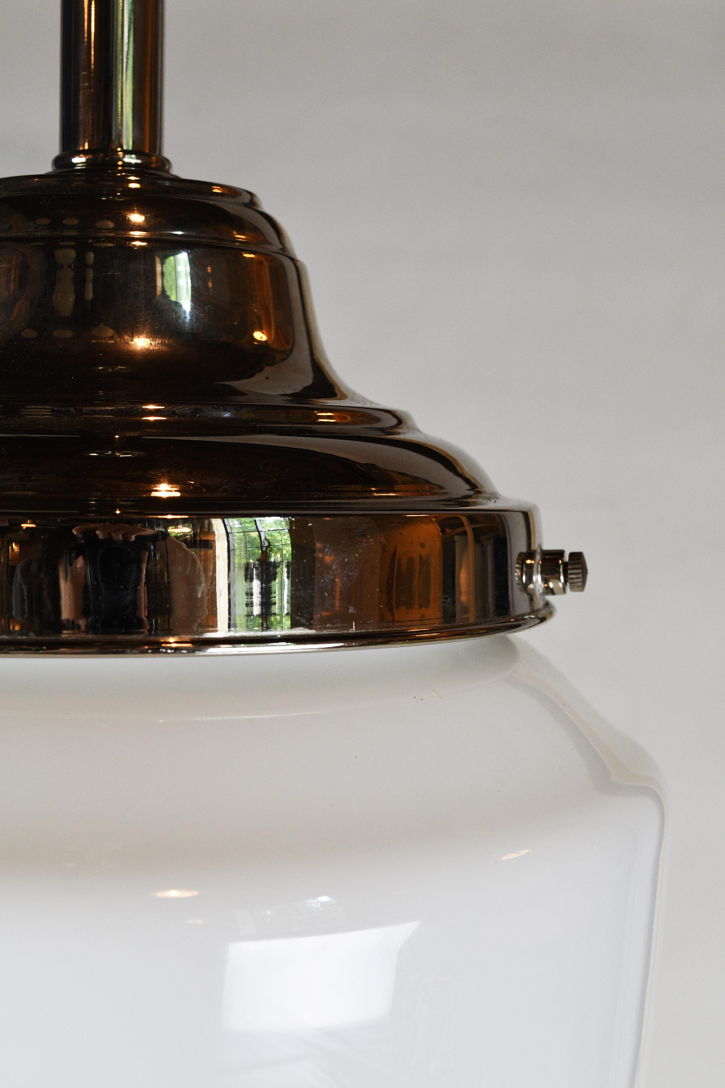 47867-nickel-milkglass-bullet-pendant-5.jpg
