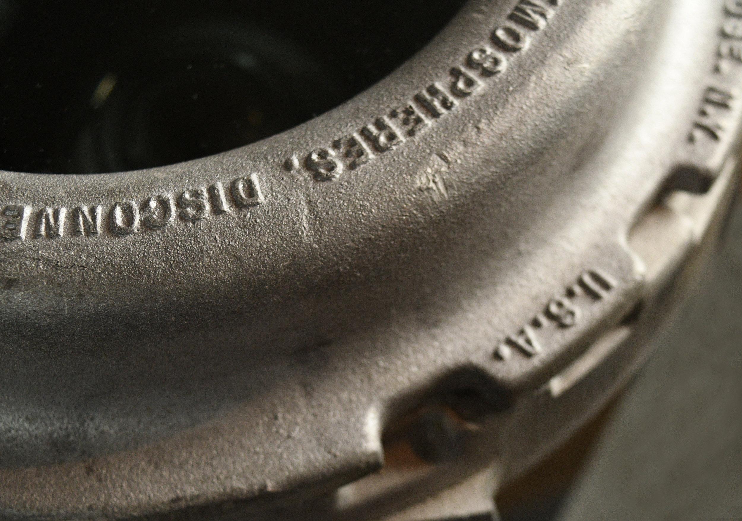 47858-crouse-hinds-spotlight-16.jpg